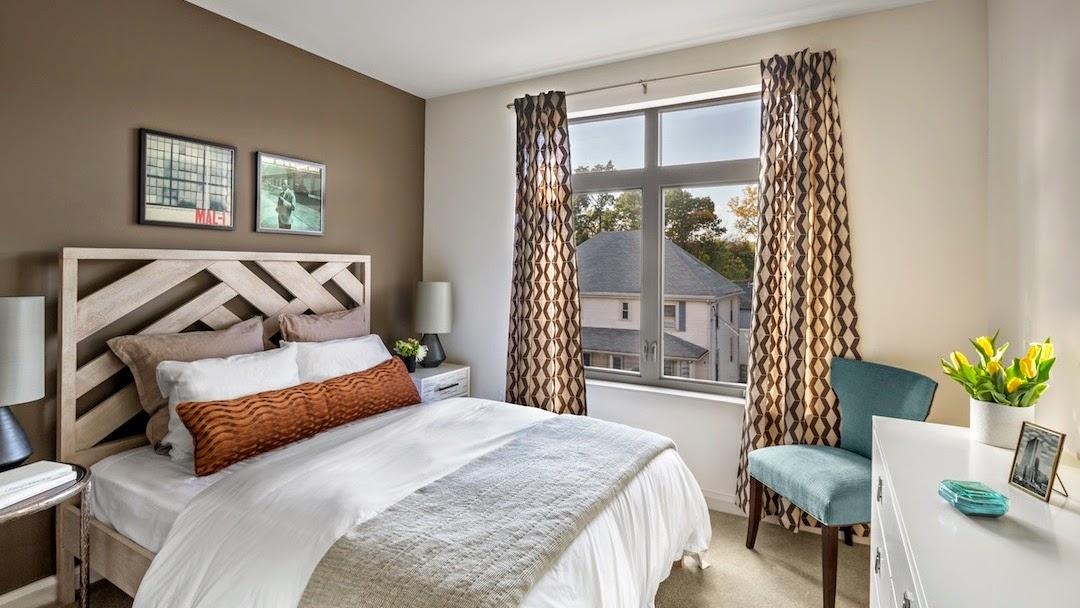 Clayborne Apartments image 9