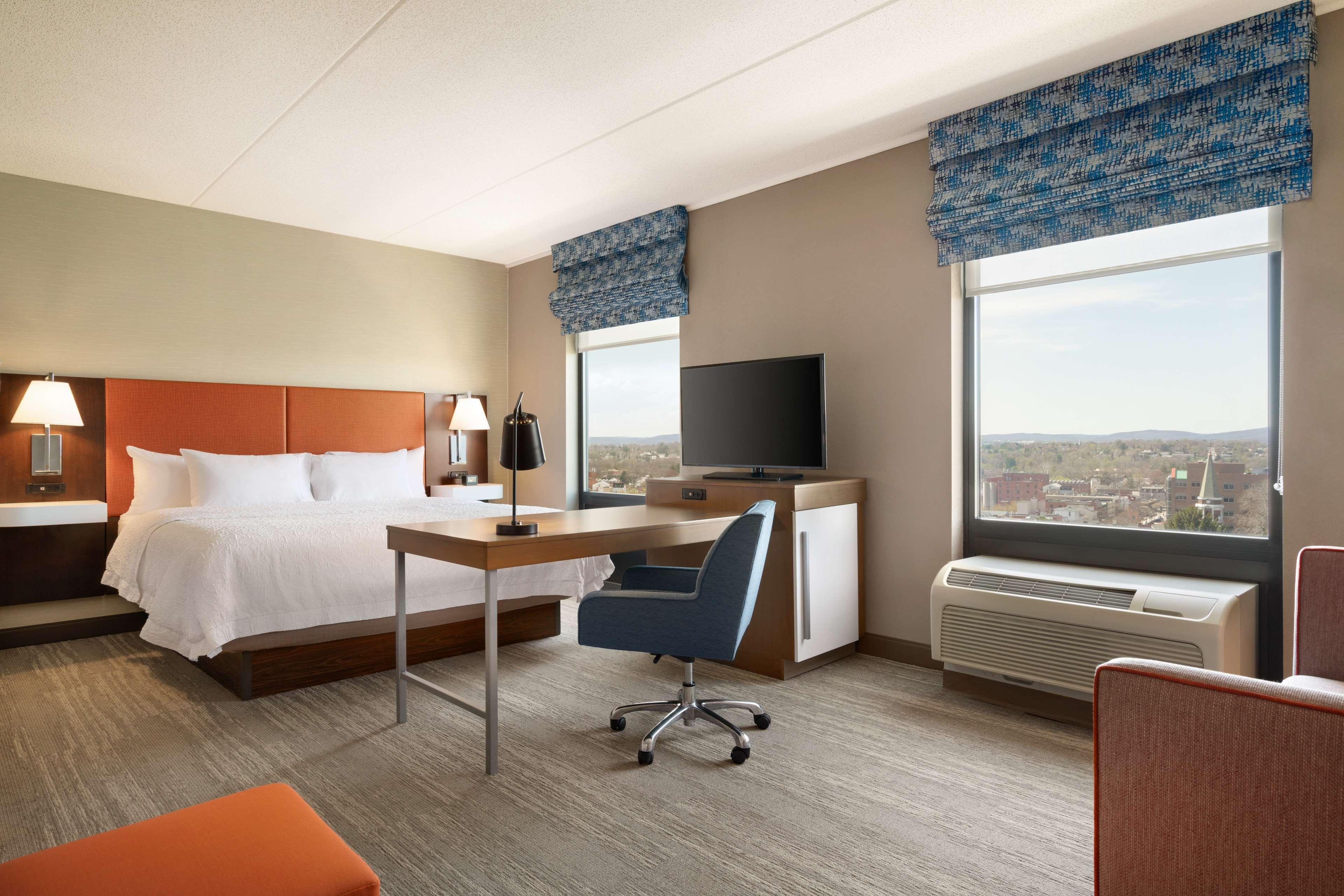 Hampton Inn & Suites Ephrata - Mountain Springs image 20