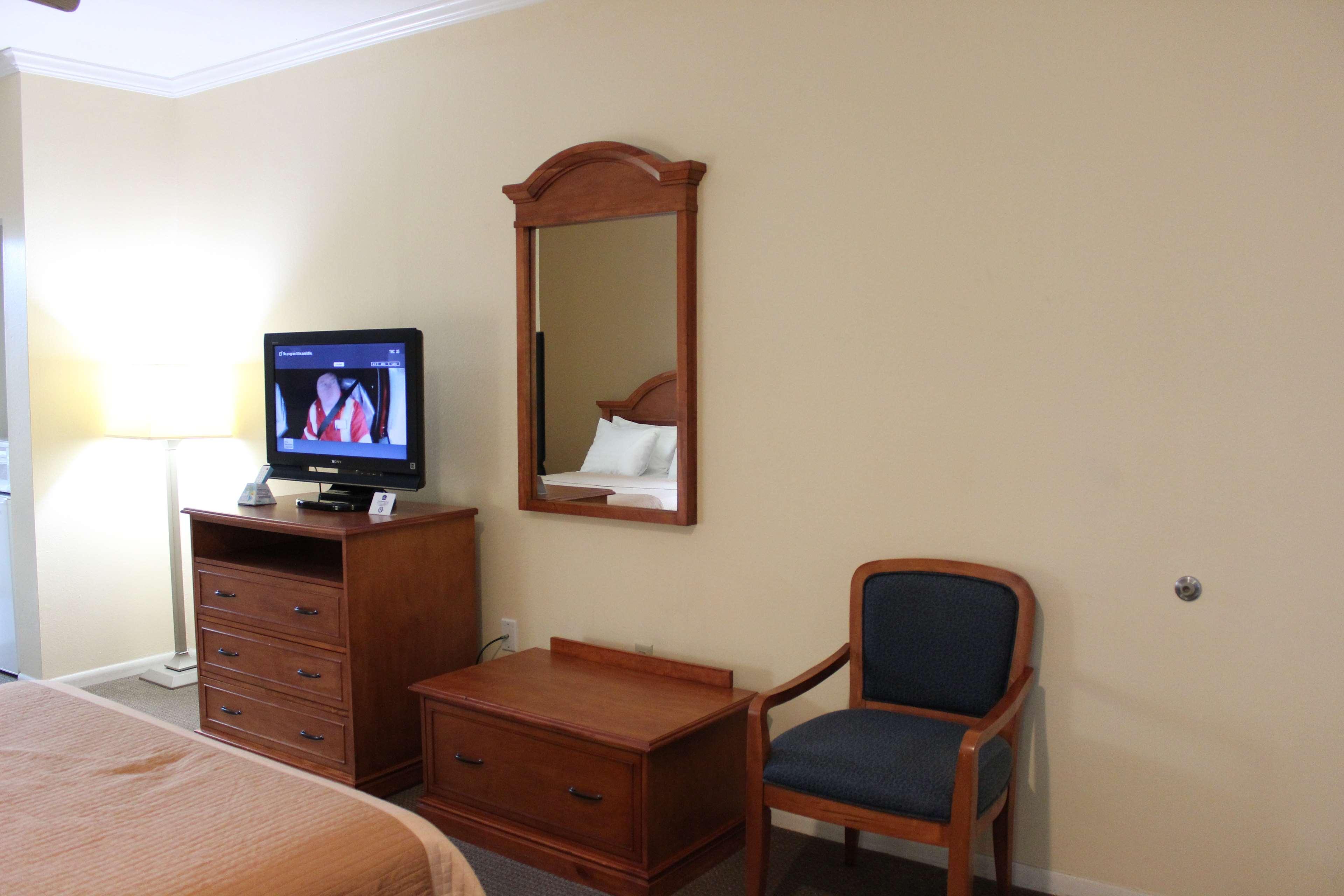 Best Western Inn of Navasota image 32