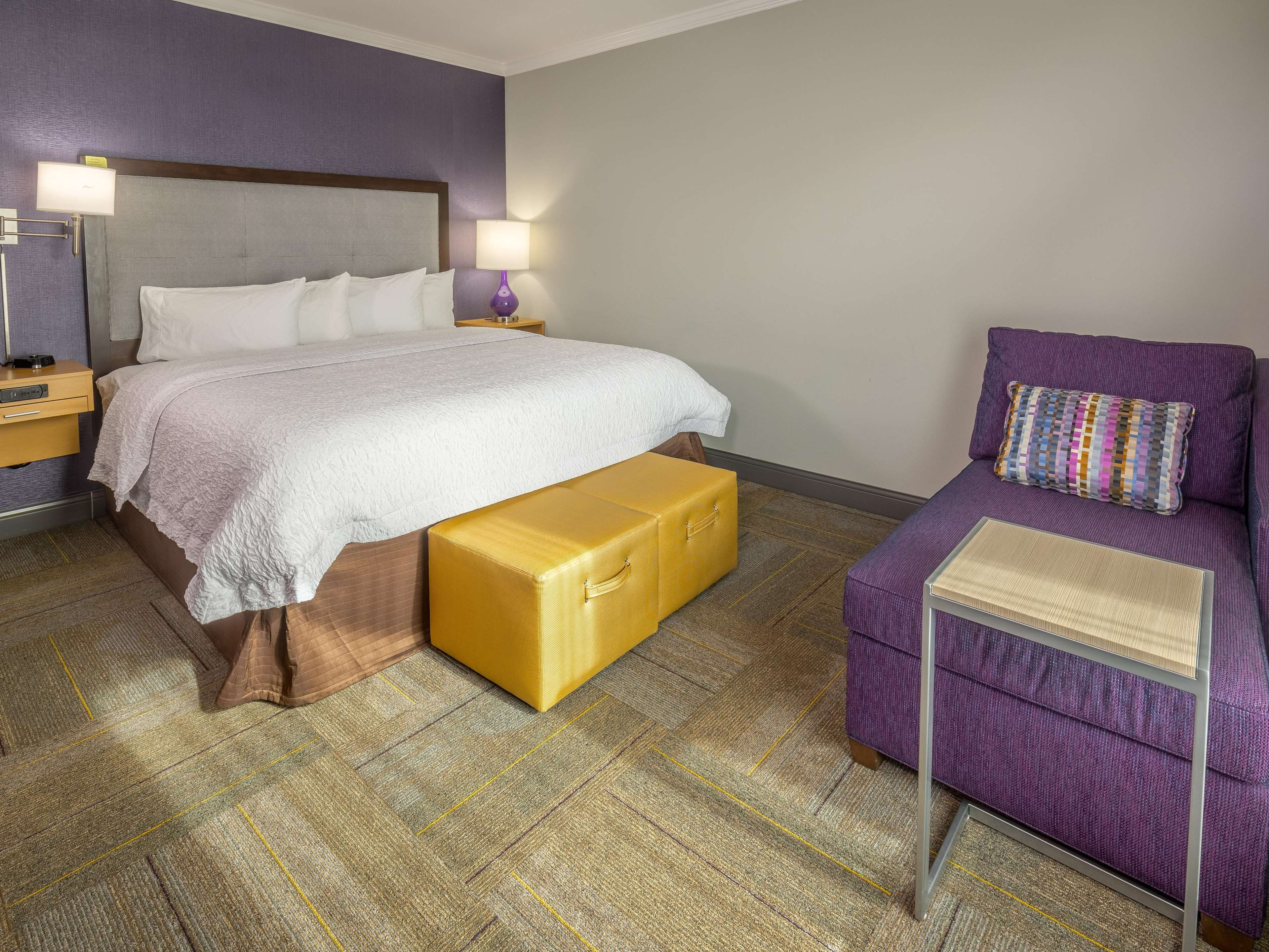 Hampton Inn & Suites Dublin image 40