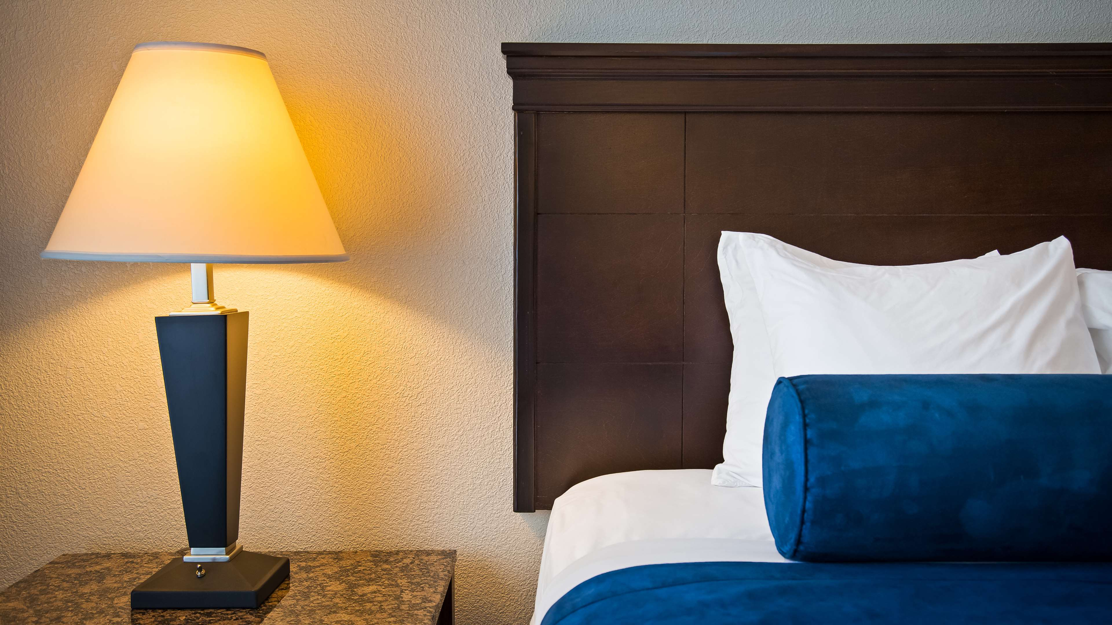 Best Western Plus Reading Inn & Suites image 23