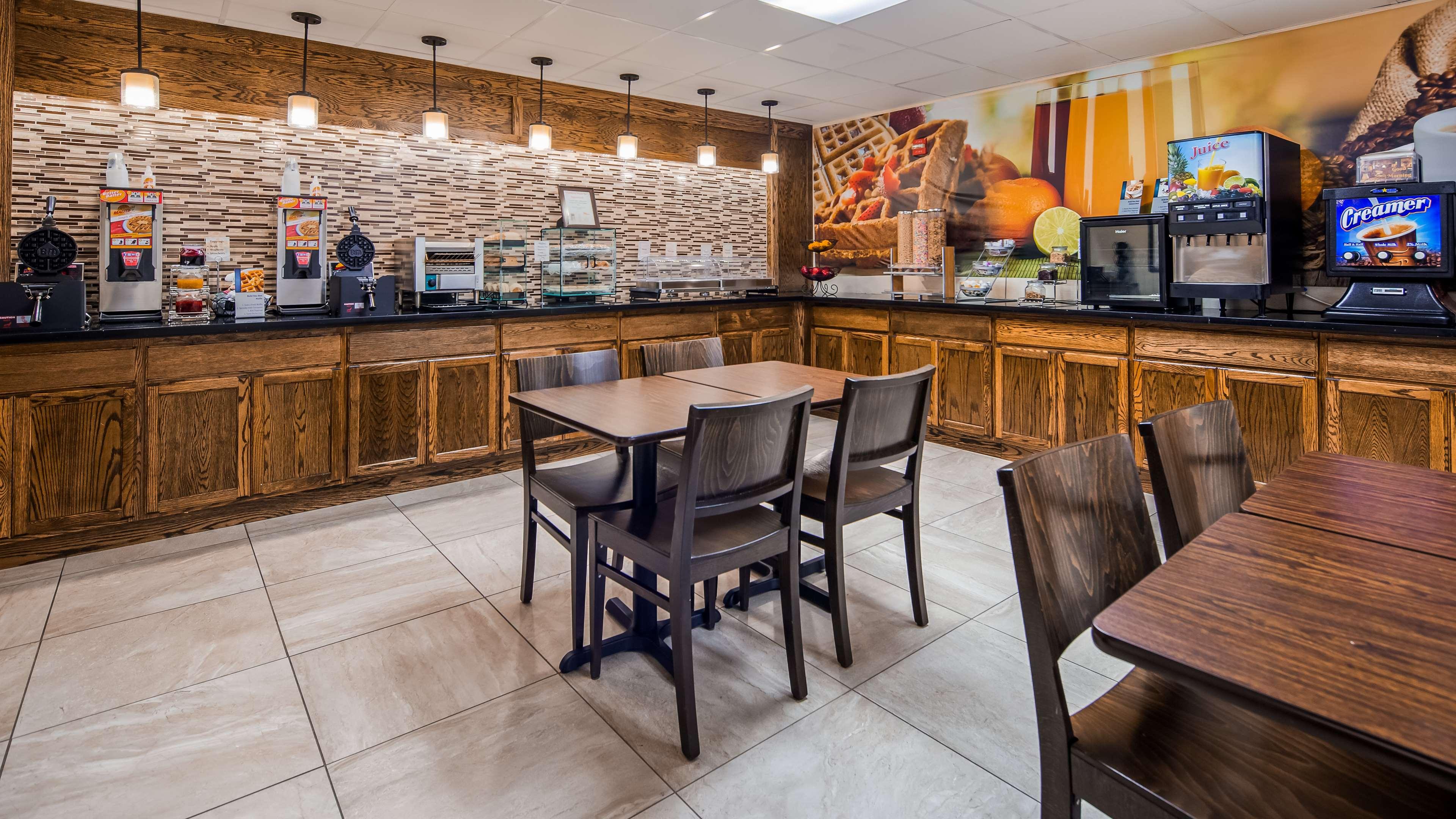 Best Western Inn at Blakeslee-Pocono image 5