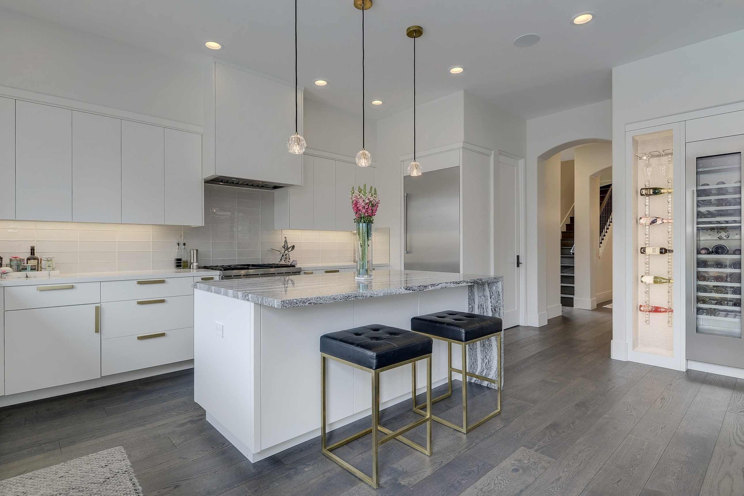 Aspen Luxury Interiors image 6