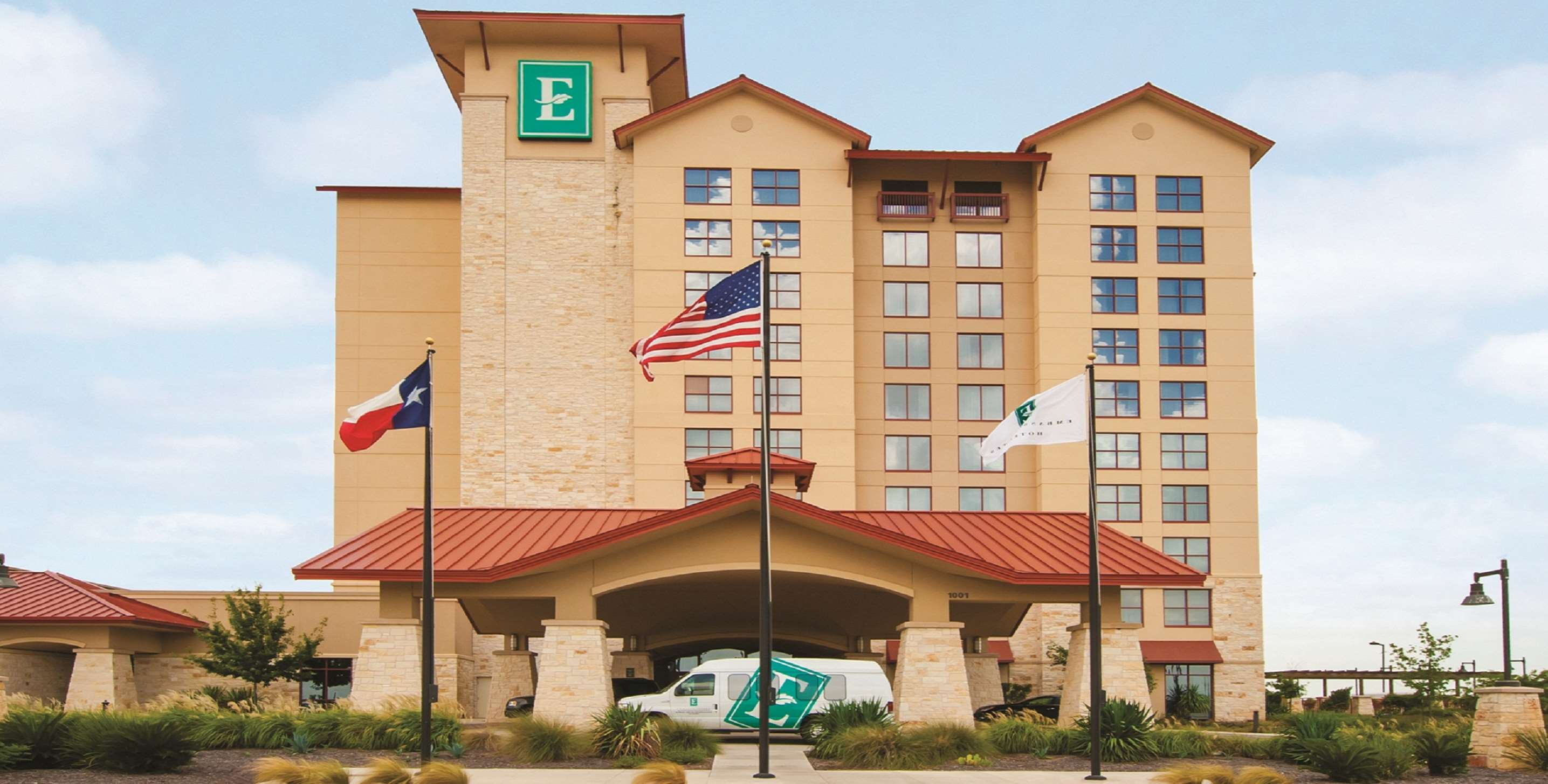 Embassy Suites by Hilton San Marcos Hotel Conference Center & Spa image 0