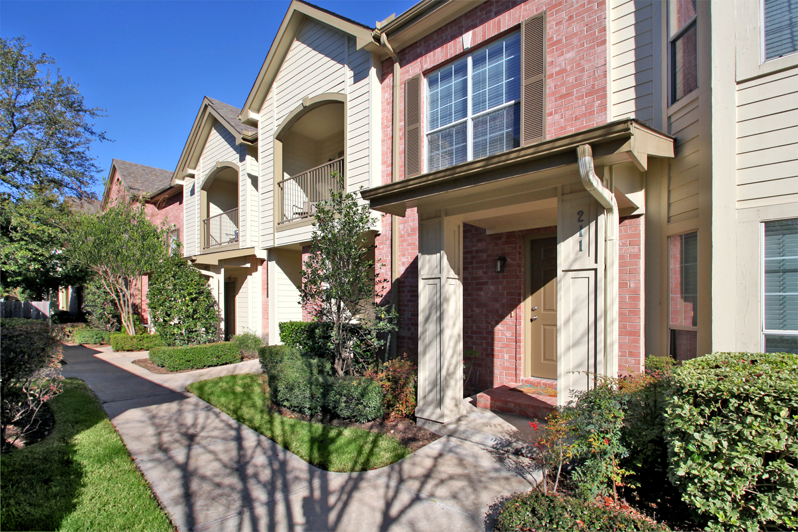 The Bellagio Apartments in Houston, TX image 10