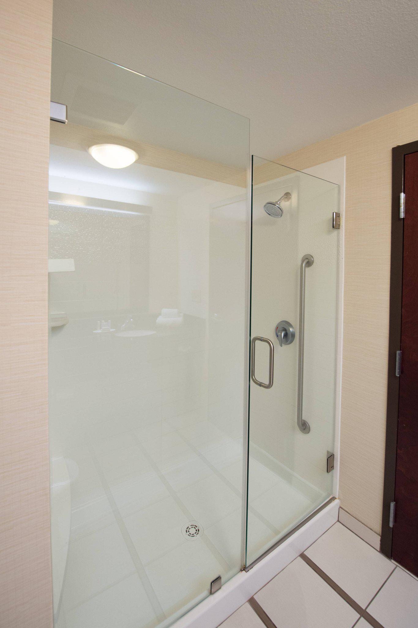 Fairfield Inn & Suites by Marriott Charleston North/Ashley Phosphate