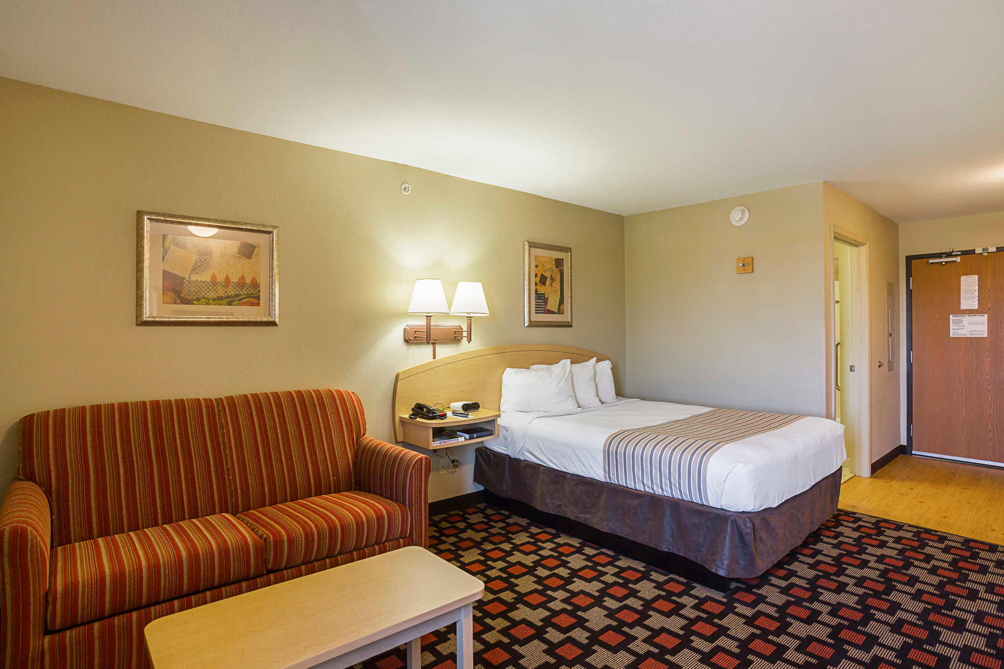 Suburban Extended Stay Hotel image 15