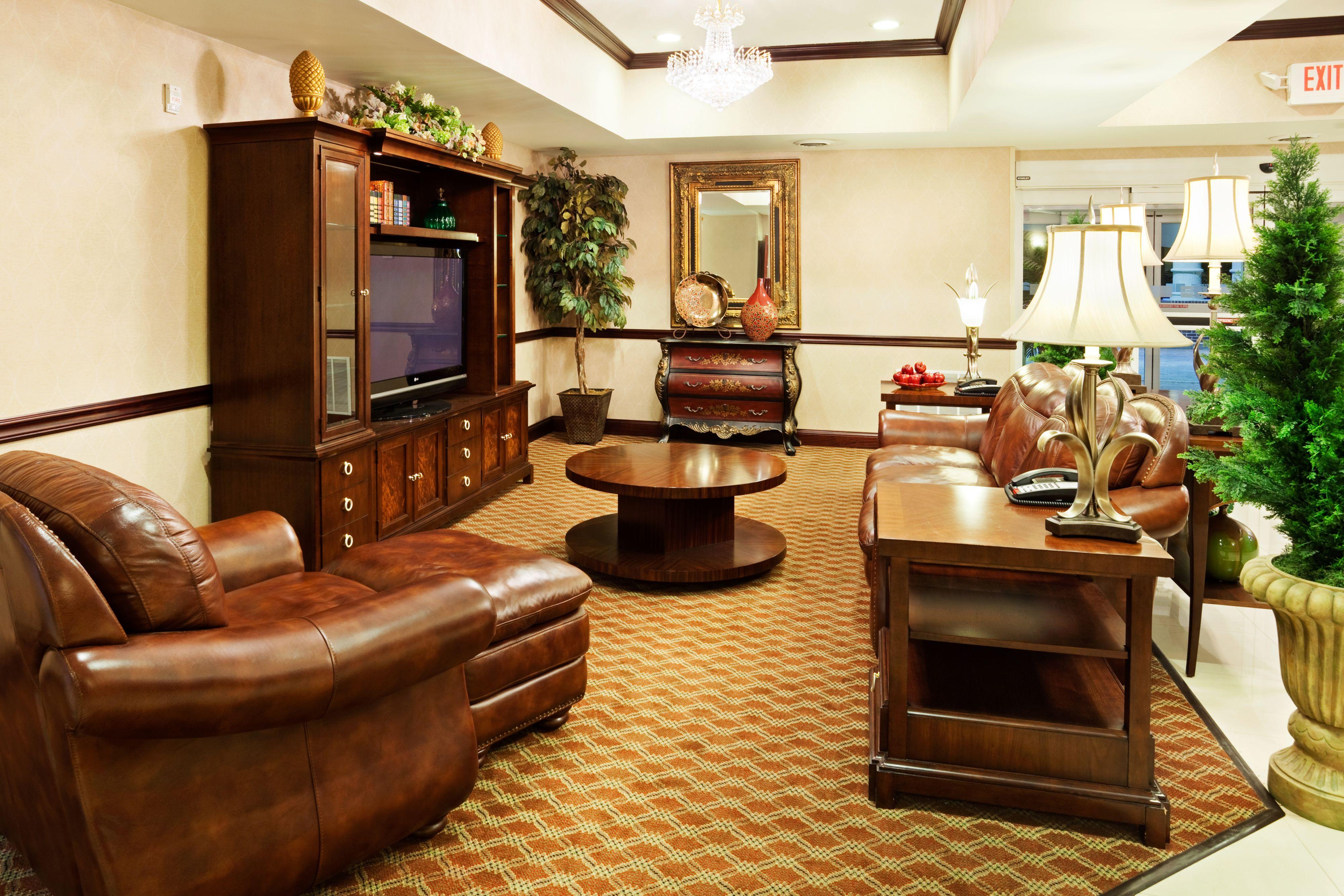 Holiday Inn Express Carrollton image 3
