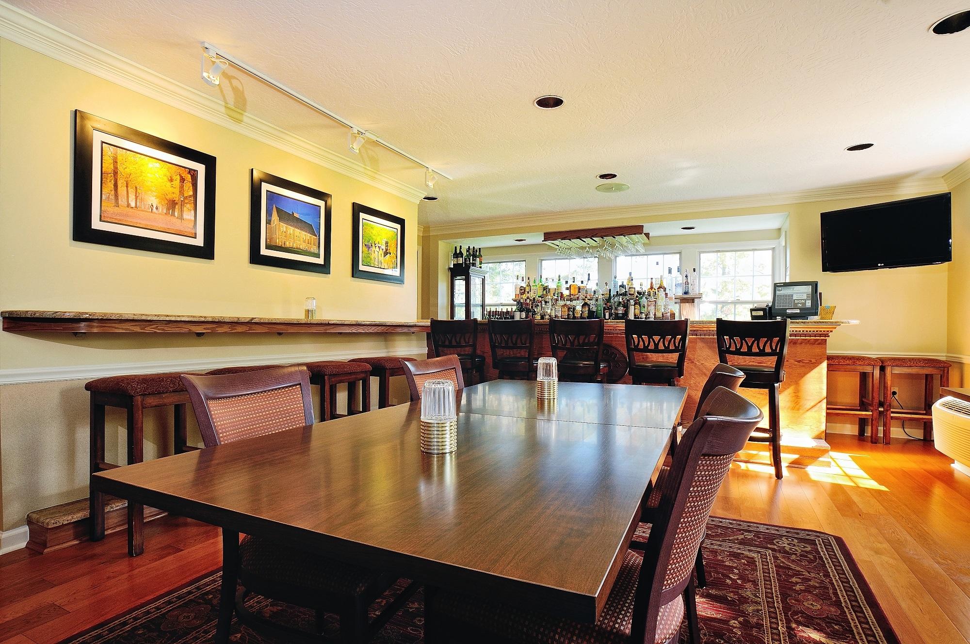 Kenyon Inn & Restaurant image 5