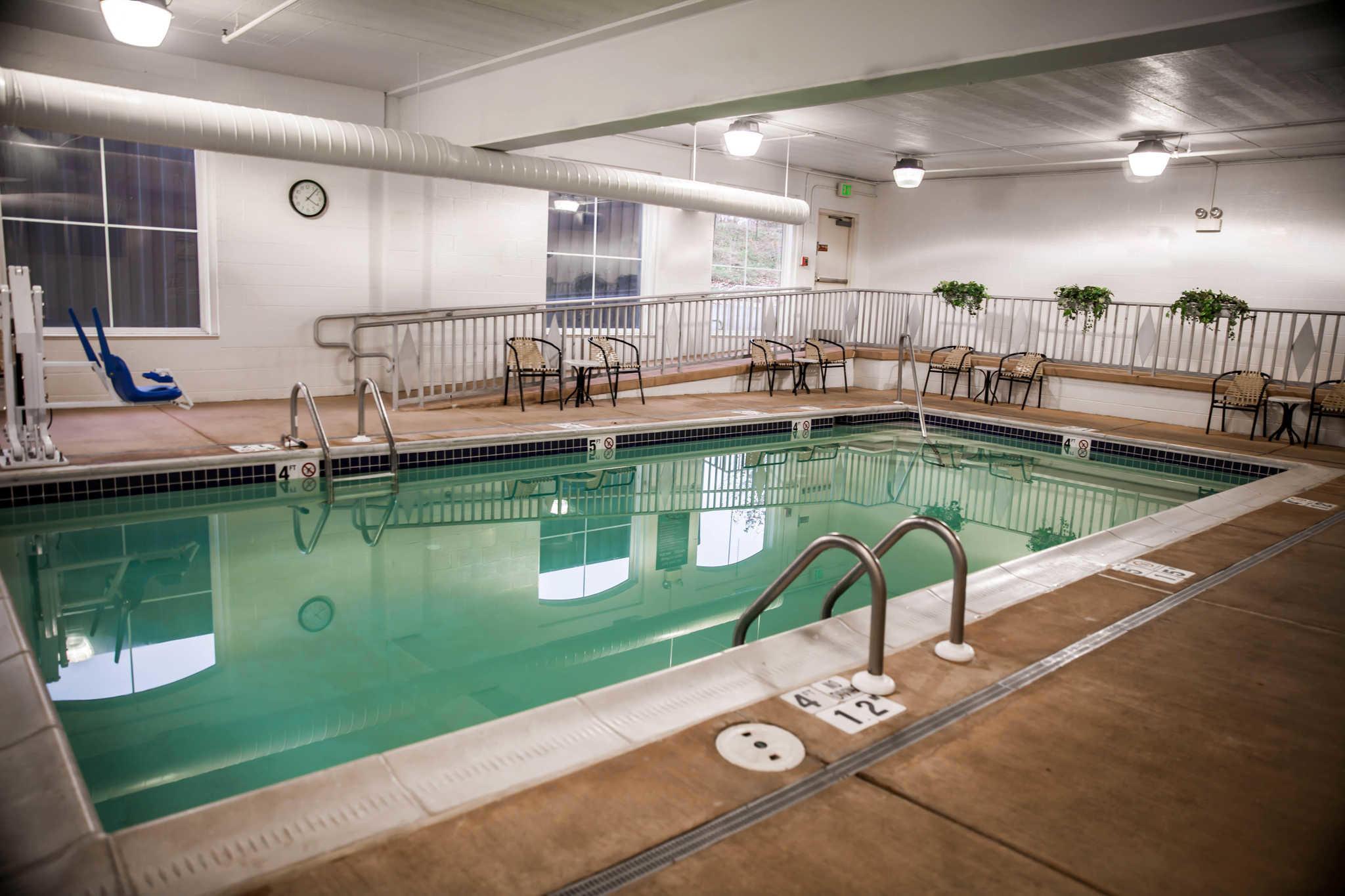 Sleep Inn & Suites image 37