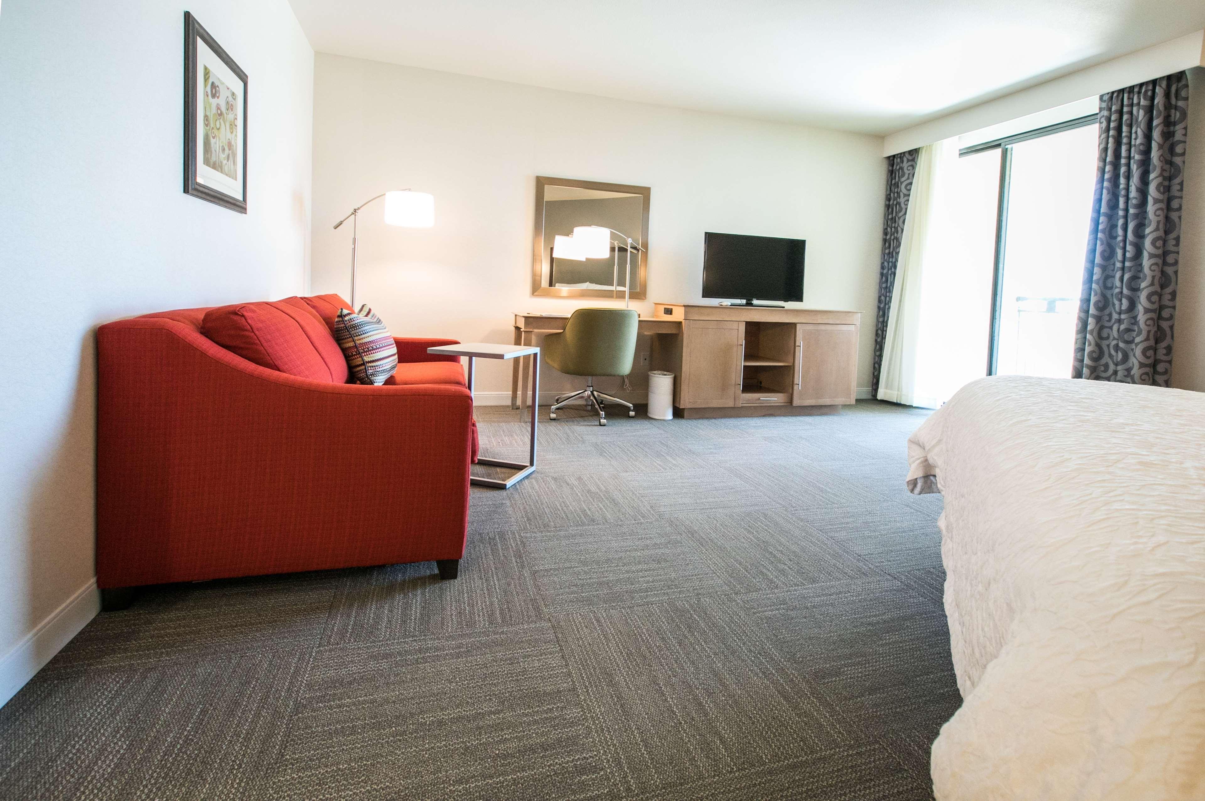 Hampton Inn & Suites Tempe - Phoenix Airport image 31