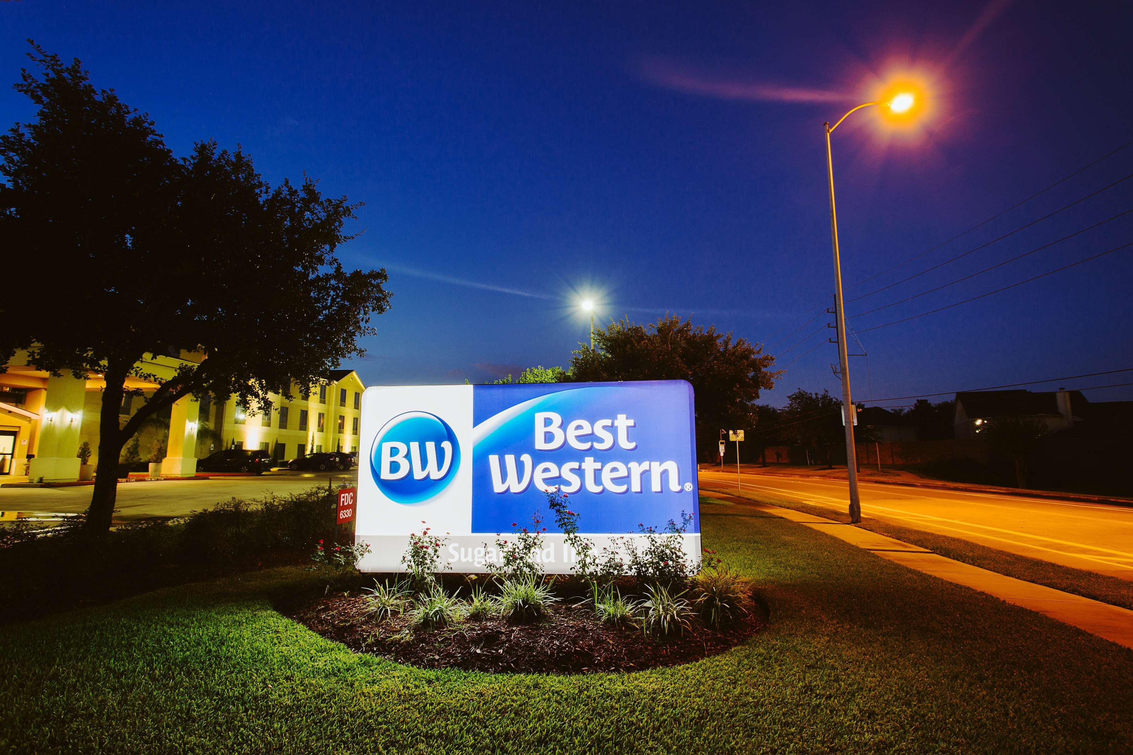 Best Western Sugarland Inn image 11