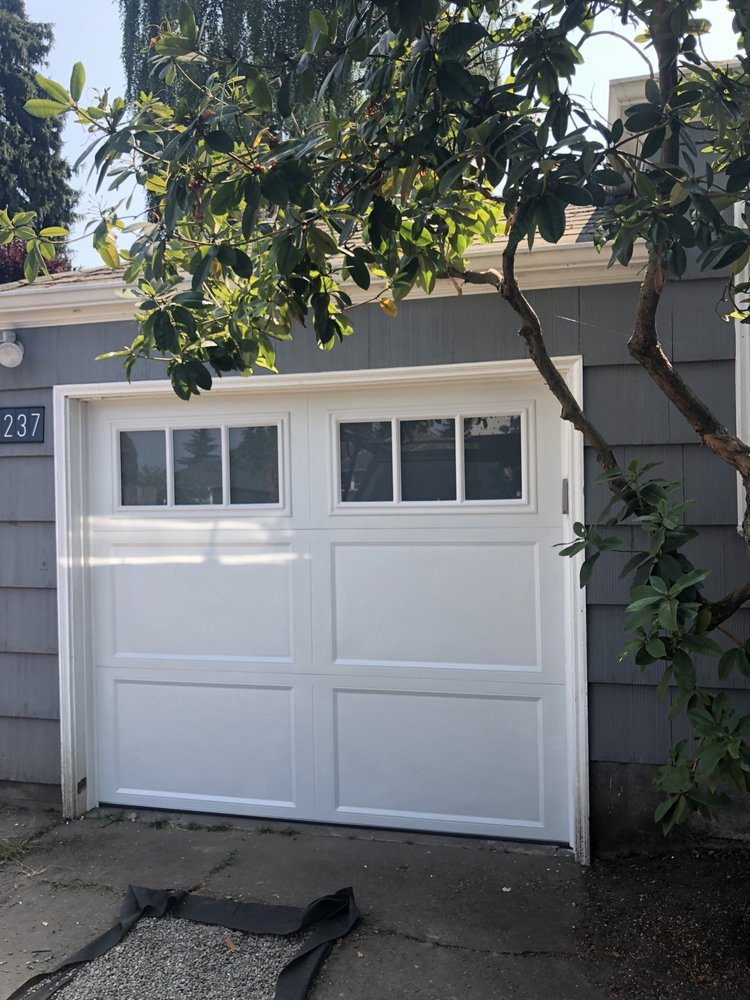 Evergreen Garage Doors image 2