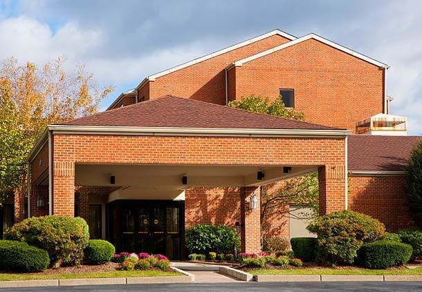 Courtyard by Marriott Boston Milford image 0