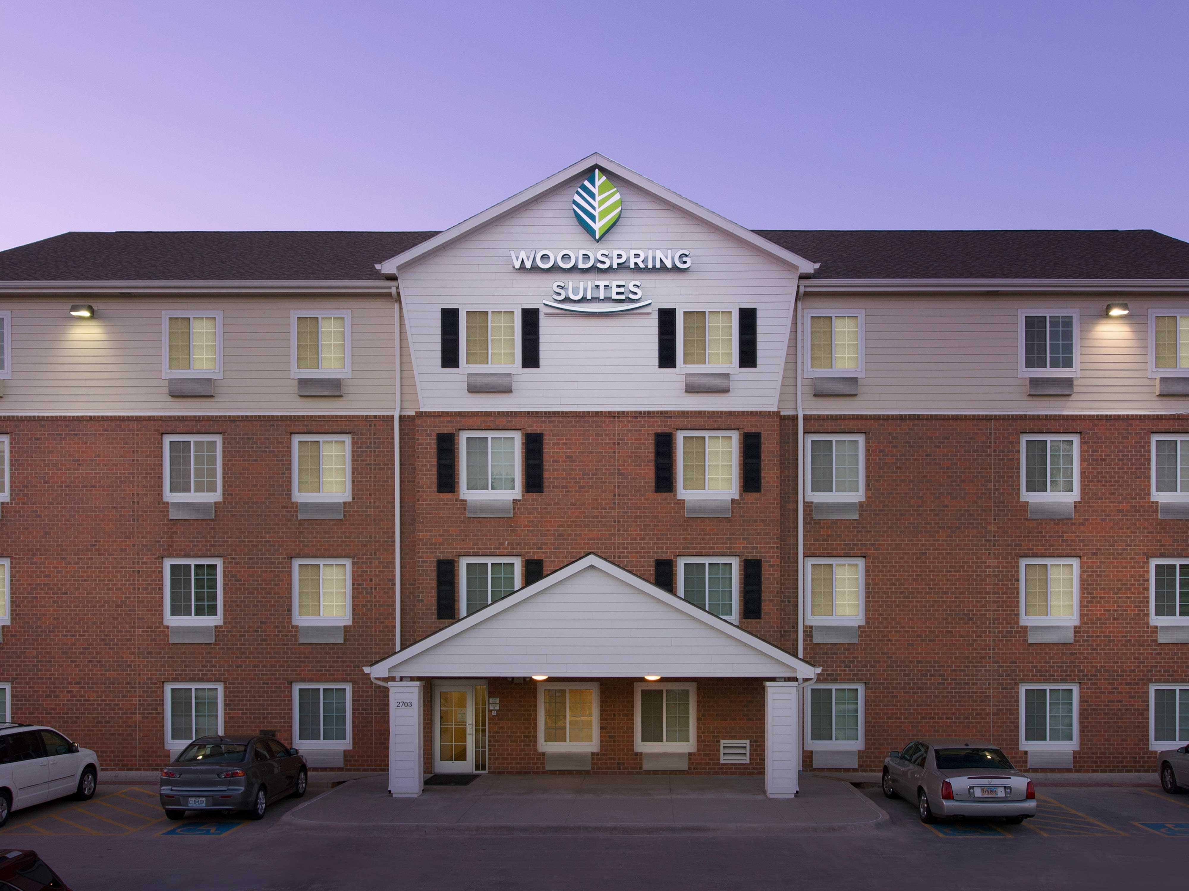 WoodSpring Suites Omaha Bellevue image 19