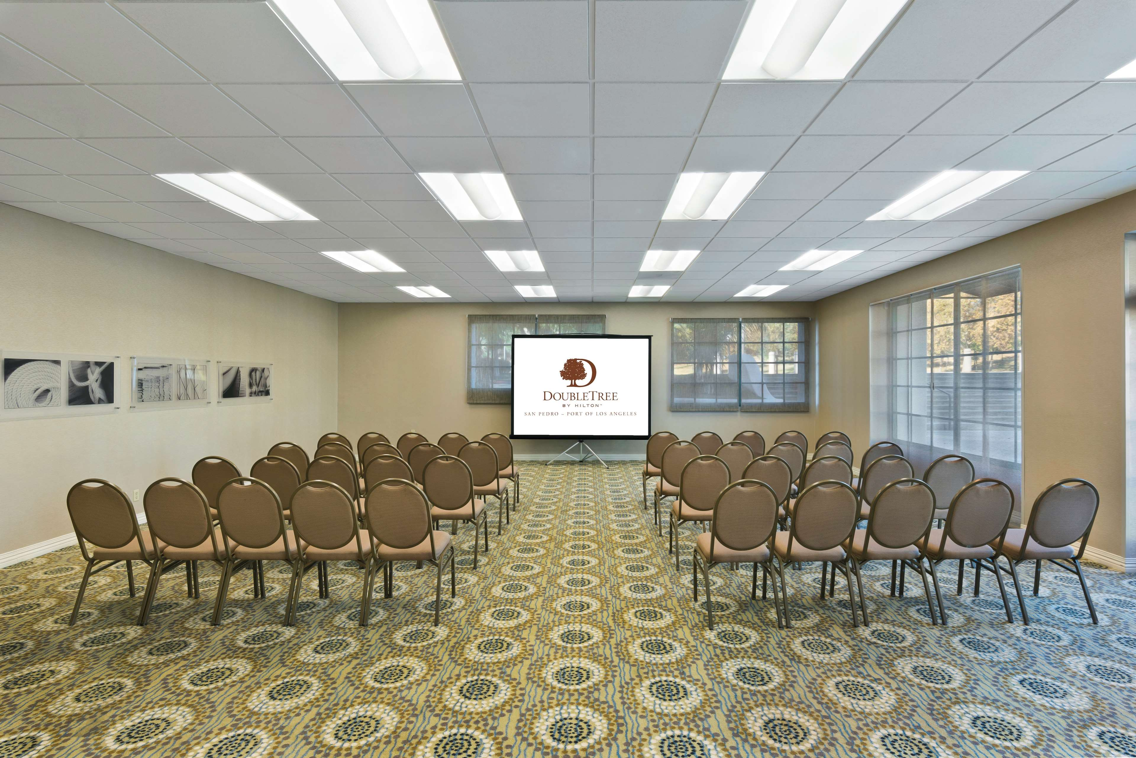 DoubleTree by Hilton Hotel San Pedro - Port of Los Angeles image 27