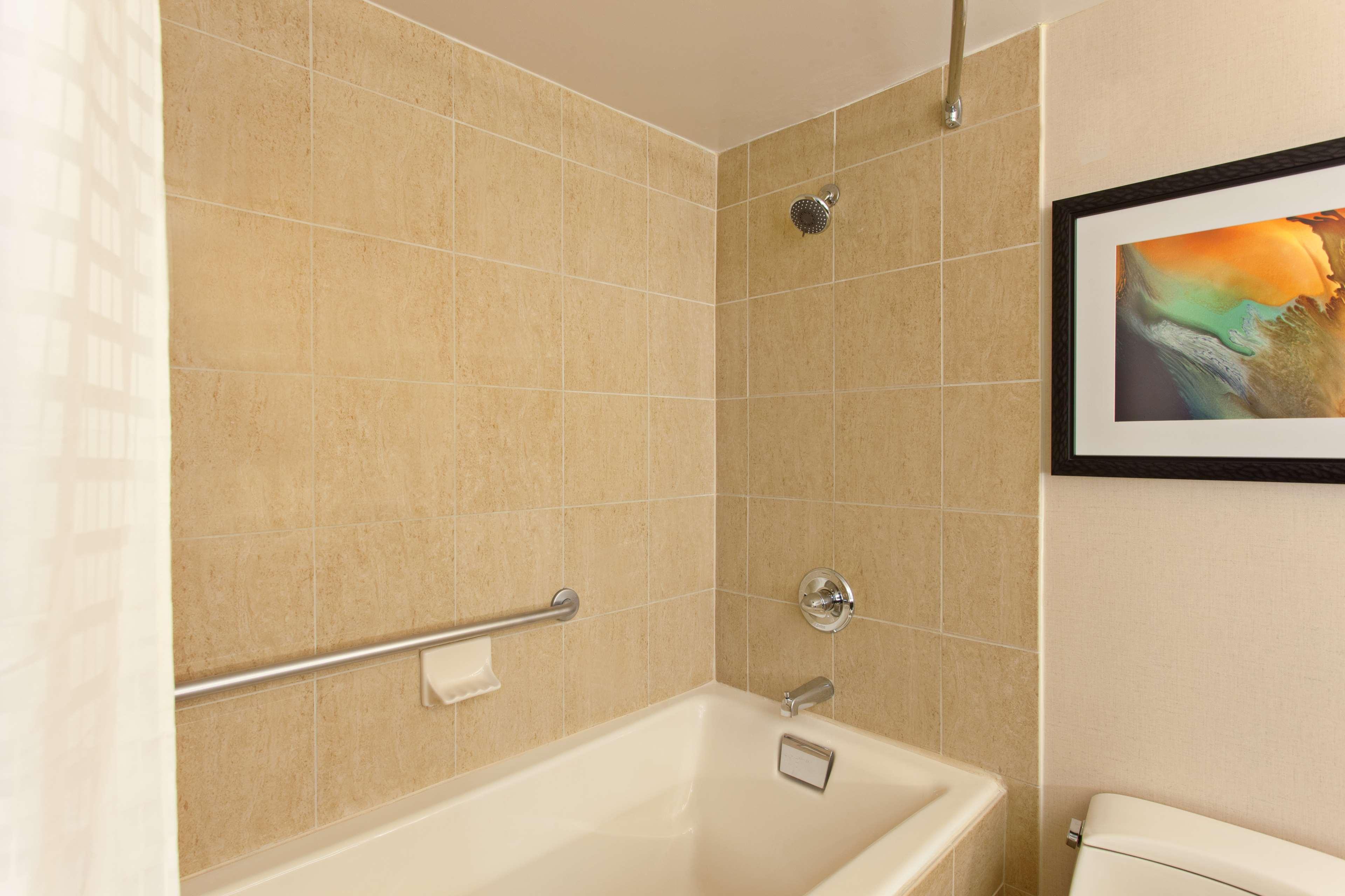 DoubleTree by Hilton Hotel San Bernardino image 29