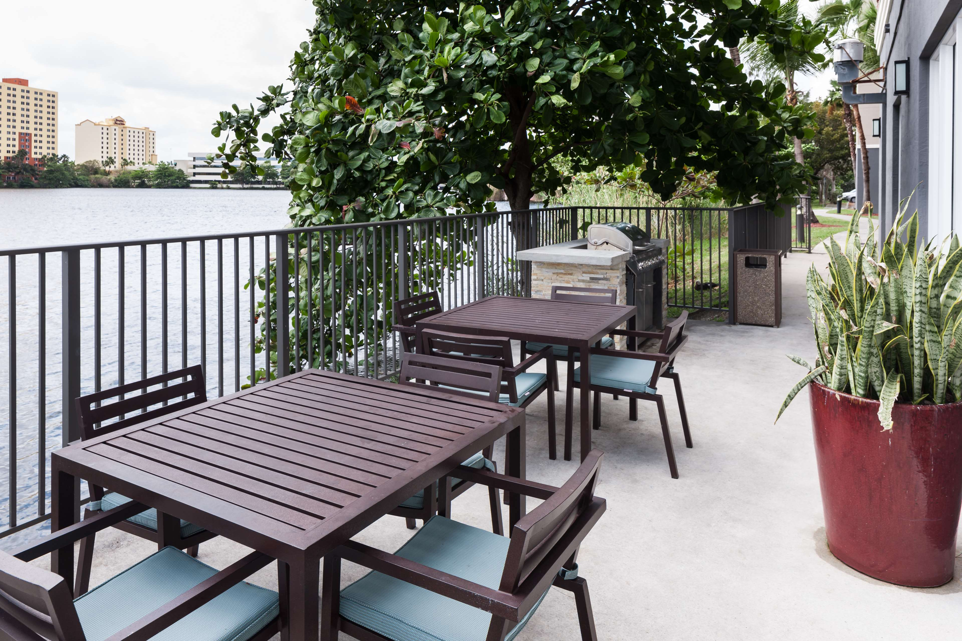 Homewood Suites by Hilton Miami-Airport/Blue Lagoon image 6