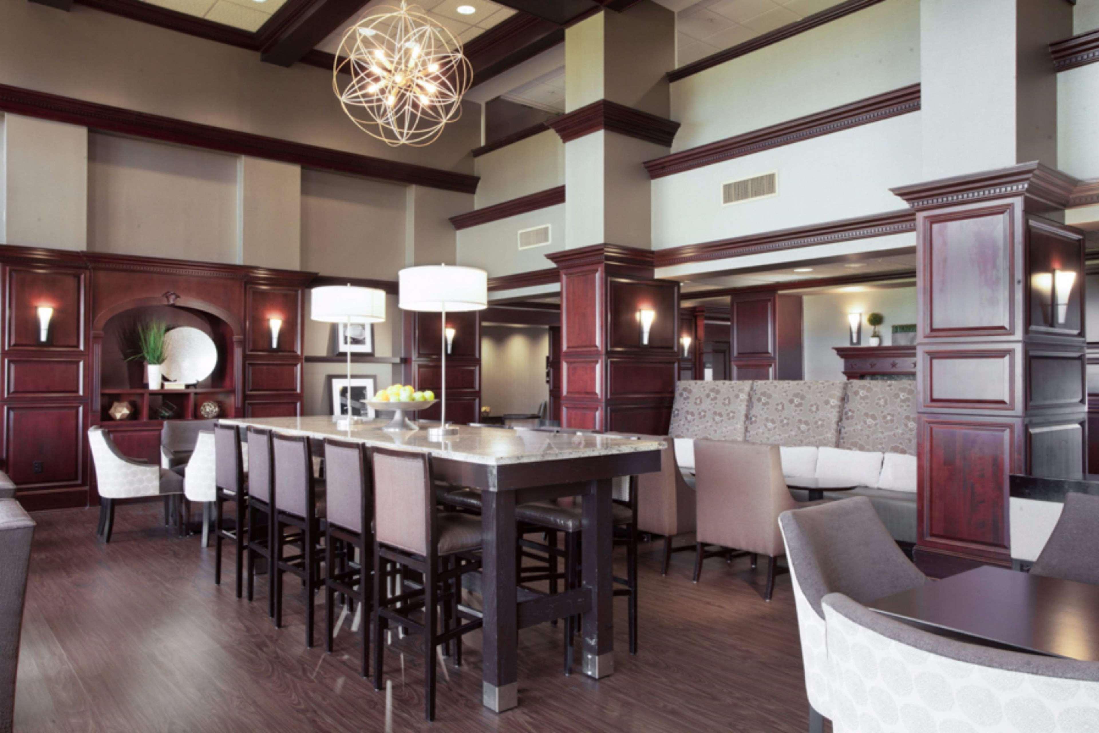 Hampton Inn & Suites Dallas-DFW Airport North-Grapevine image 5