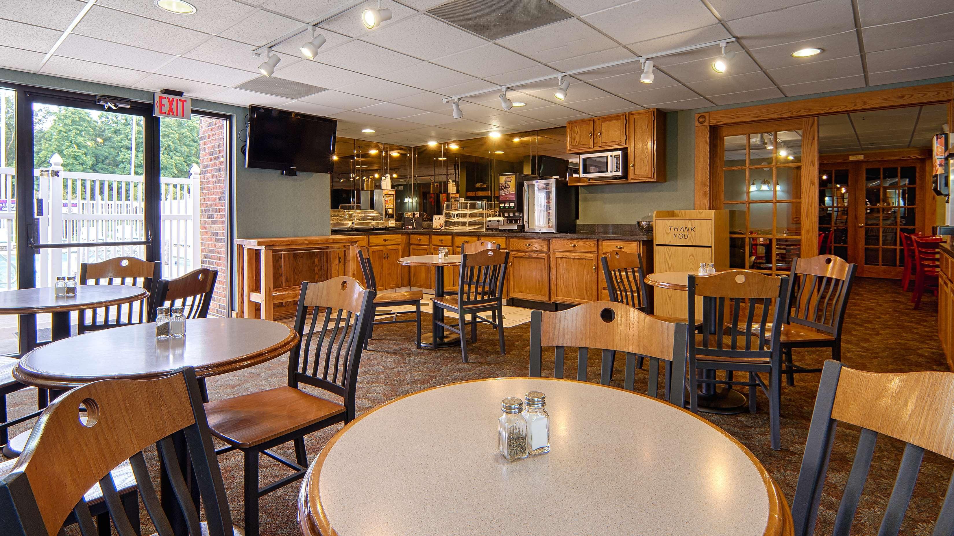 Best Western Kendallville Inn image 4