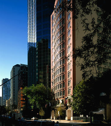 Fairfield Inn & Suites by Marriott Chicago Downtown/Magnificent Mile image 0