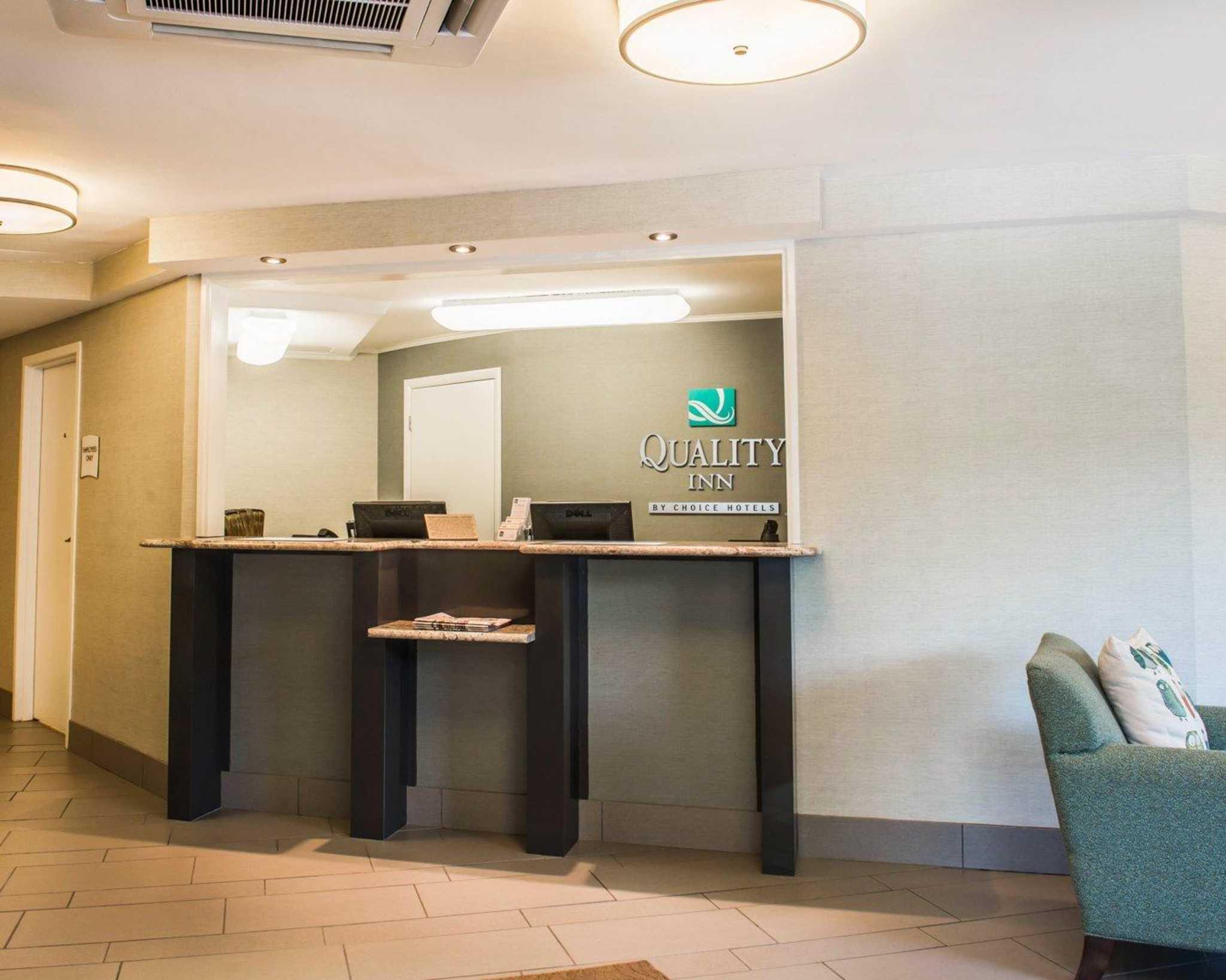 Quality Inn University Center image 5