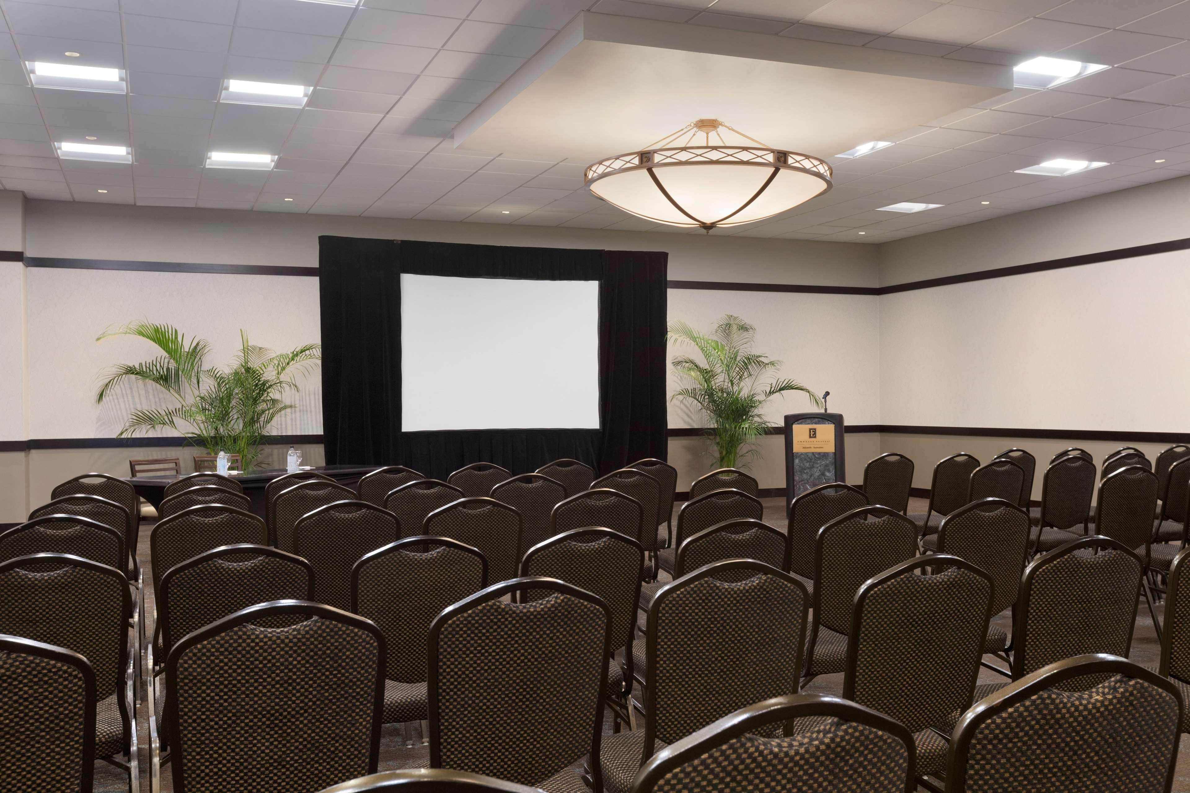 Embassy Suites by Hilton Jacksonville Baymeadows image 30