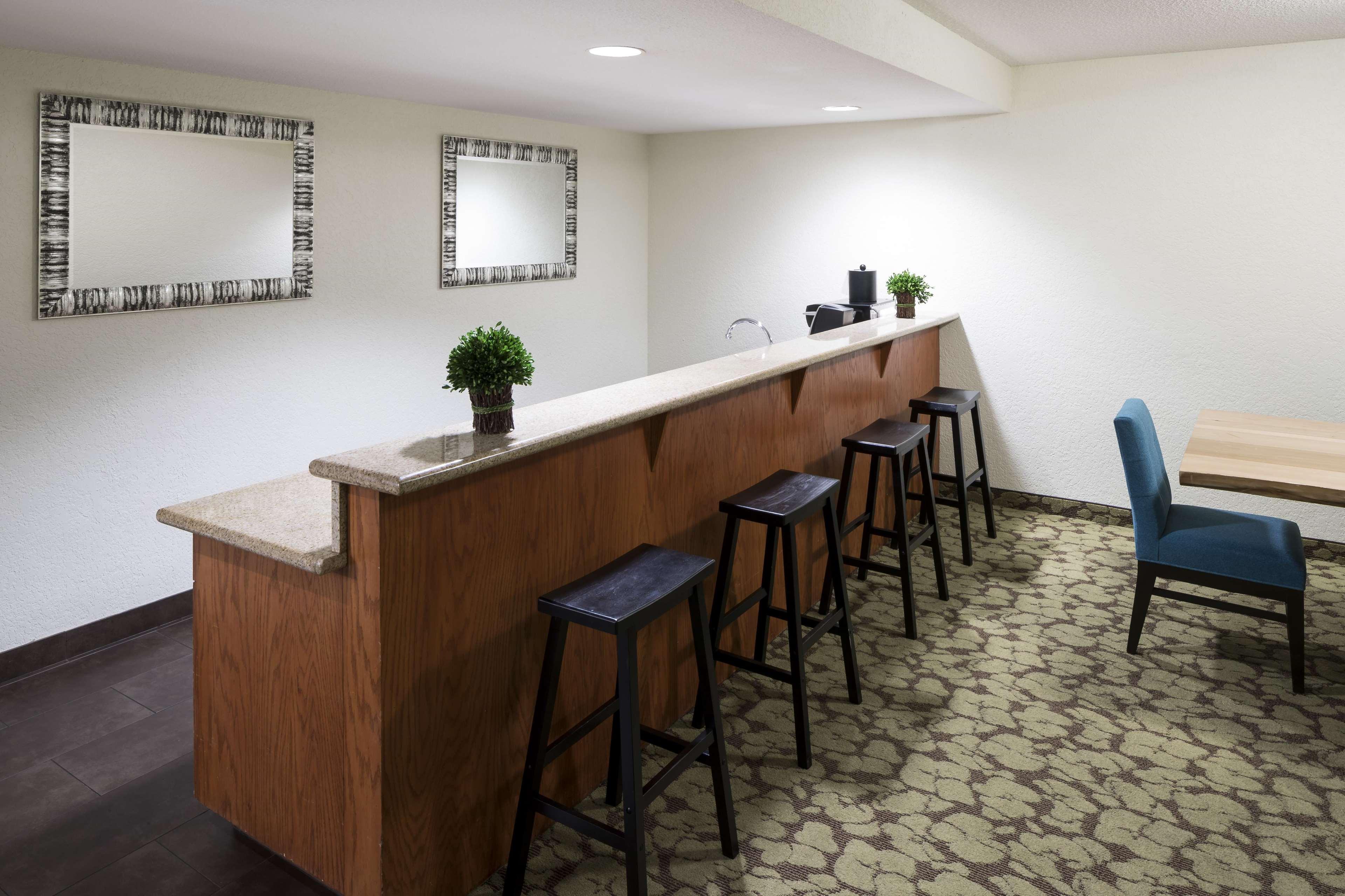 Hilton Garden Inn Lafayette/Cajundome image 12