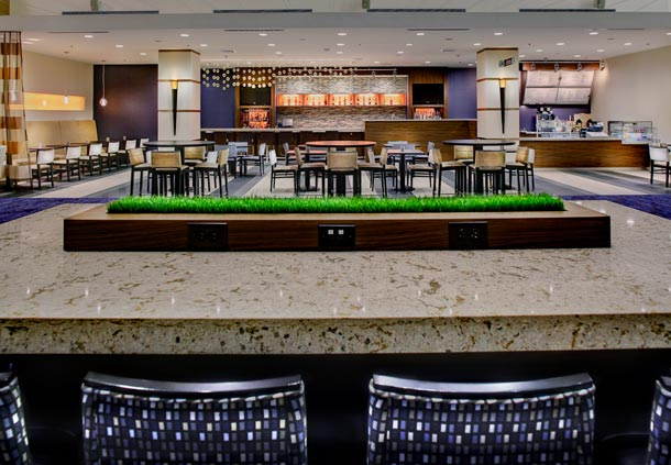 Courtyard by Marriott Atlanta Decatur Downtown/Emory image 9