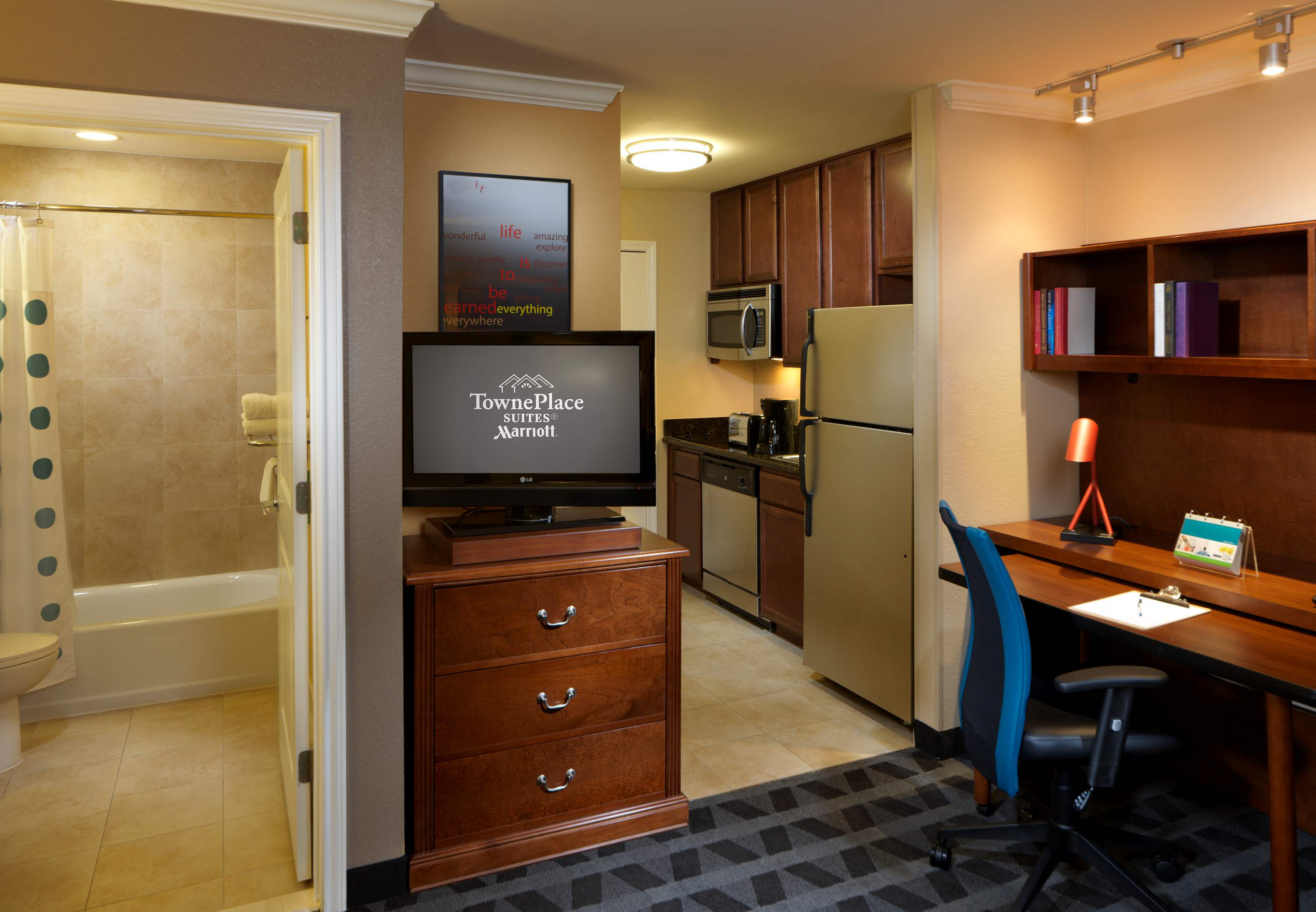 TownePlace Suites by Marriott Houston North/Shenandoah image 2