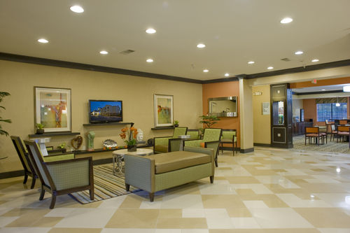 Holiday Inn Express & Suites Acworth - Kennesaw Northwest image 1