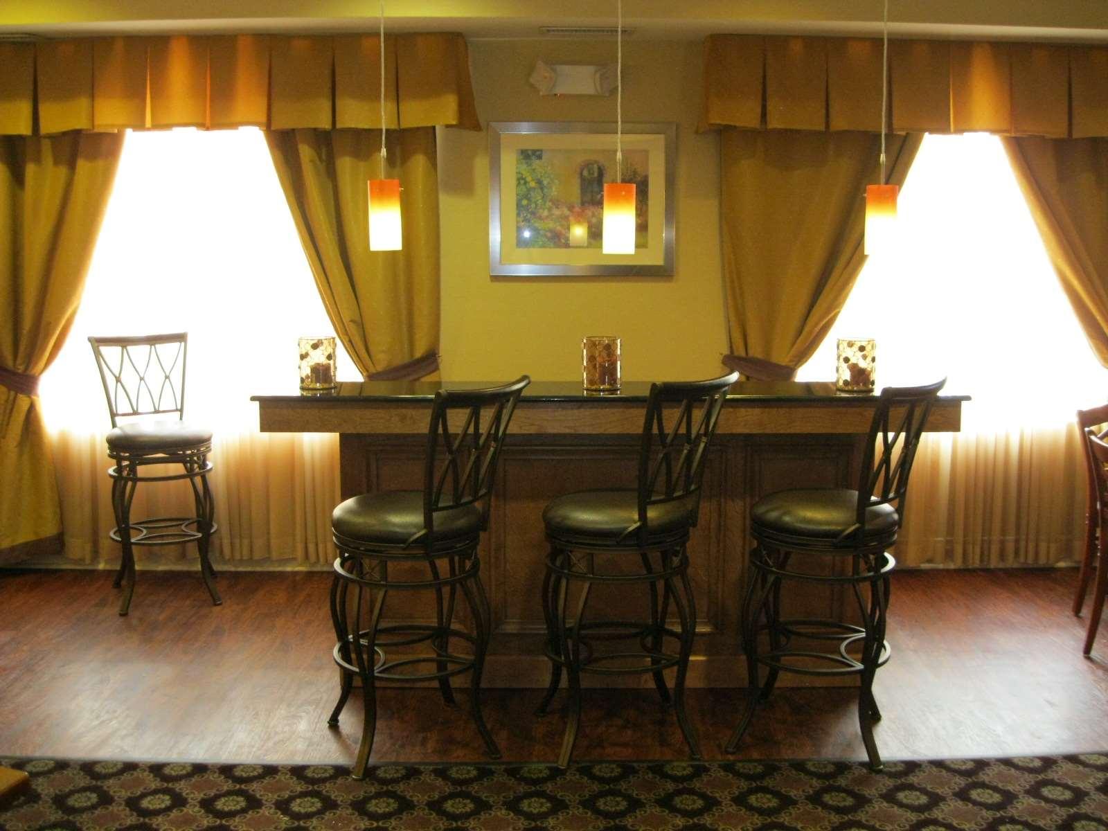 Best Western Plus Hannaford Inn & Suites image 44