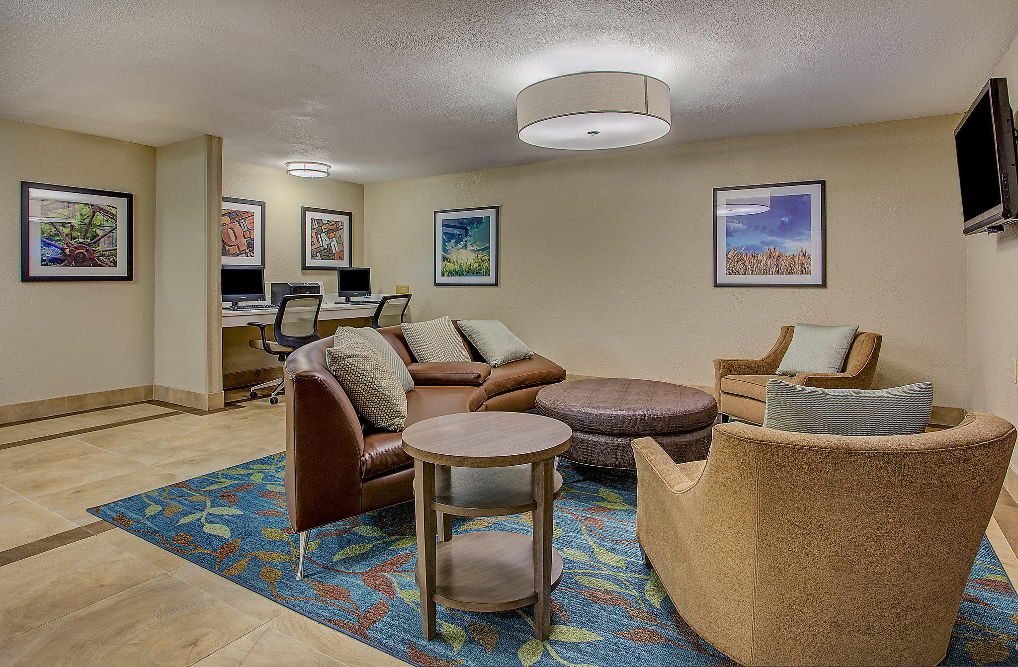 Candlewood Suites Louisville Airport, an IHG Hotel