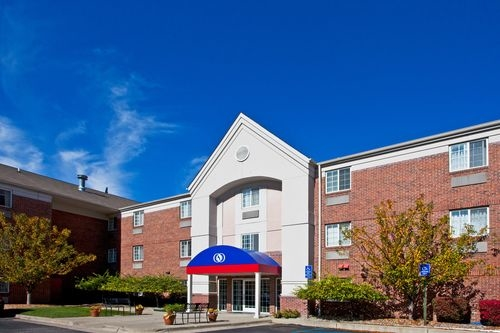 Candlewood Suites Detroit Southfield At 1 Corporate Drive Southfield Mi On Fave