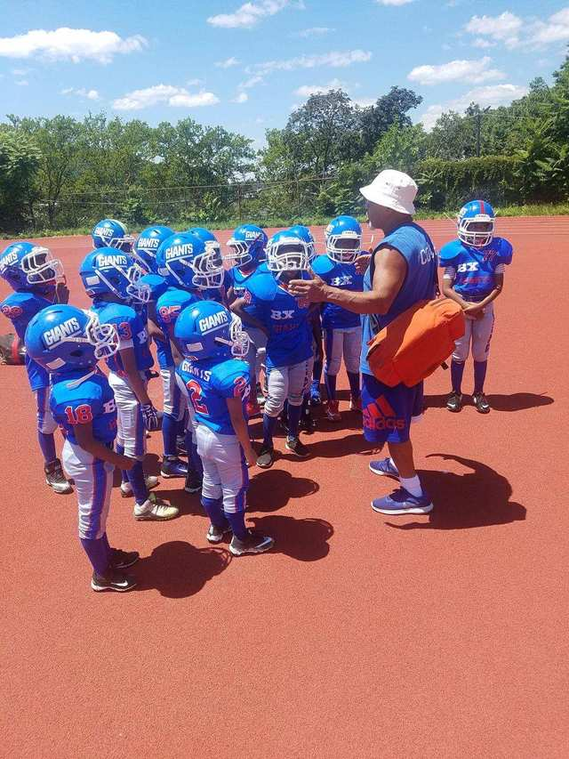 Bronx Giants  Youth Football and Cheer image 0