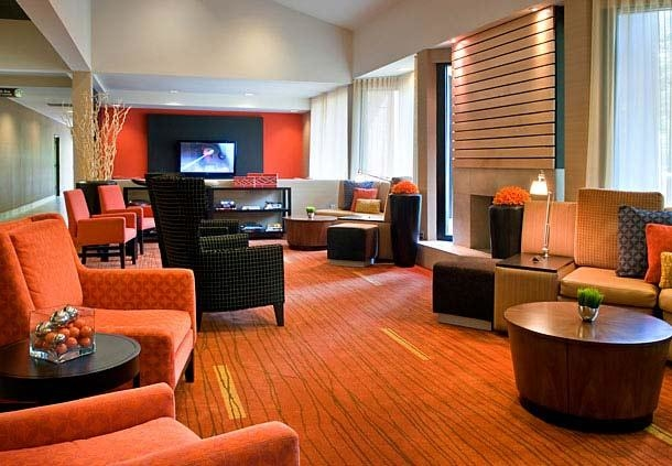 Courtyard by Marriott Boston Milford image 4
