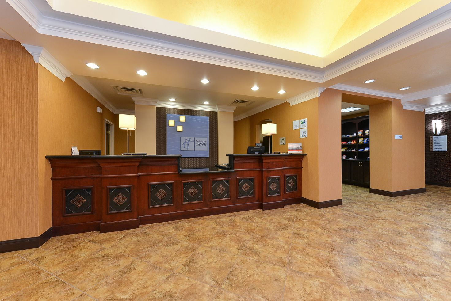 Holiday Inn Express & Suites Palm Coast - Flagler Bch Area image 3