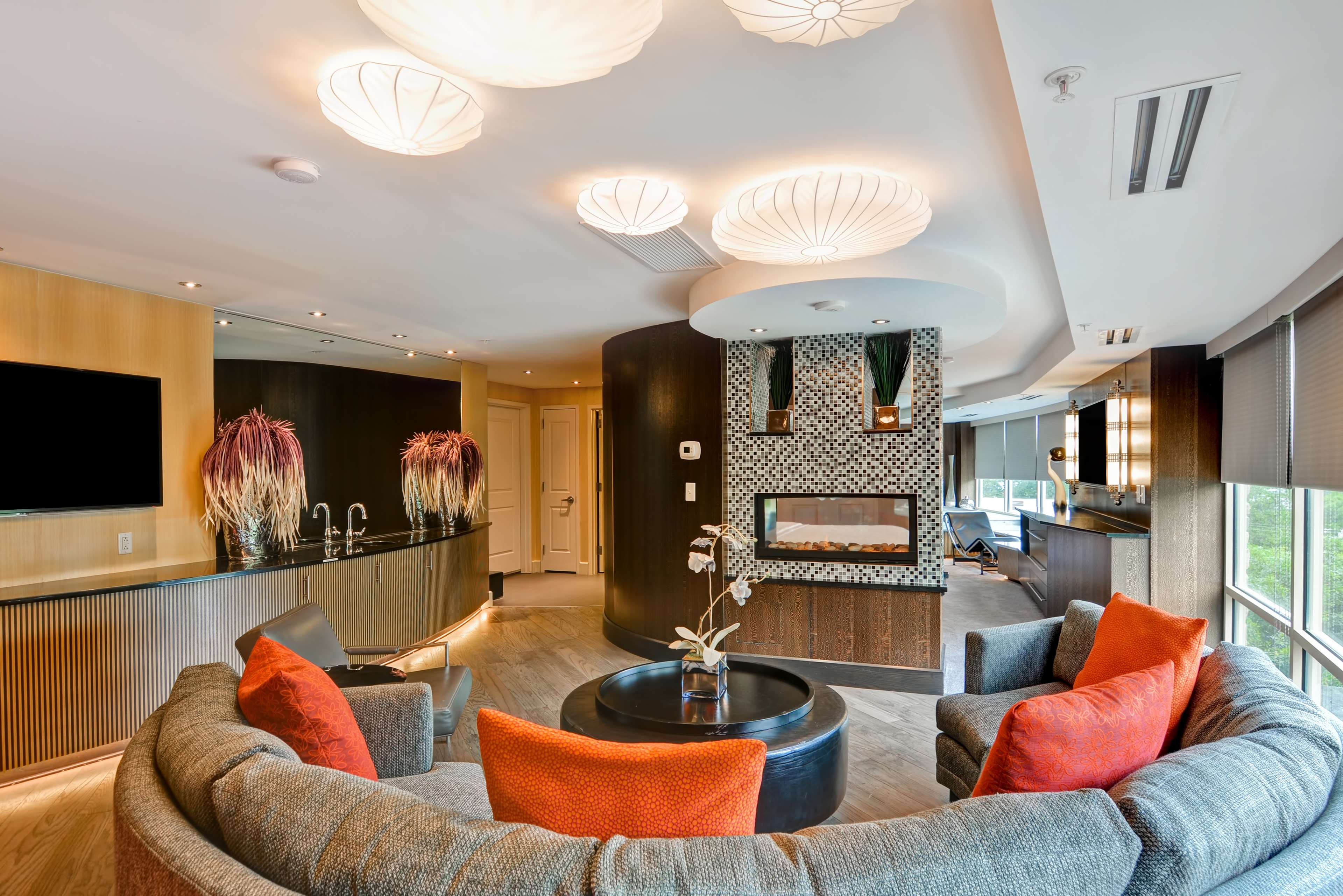 Hampton Inn & Suites Raleigh/Crabtree Valley image 28