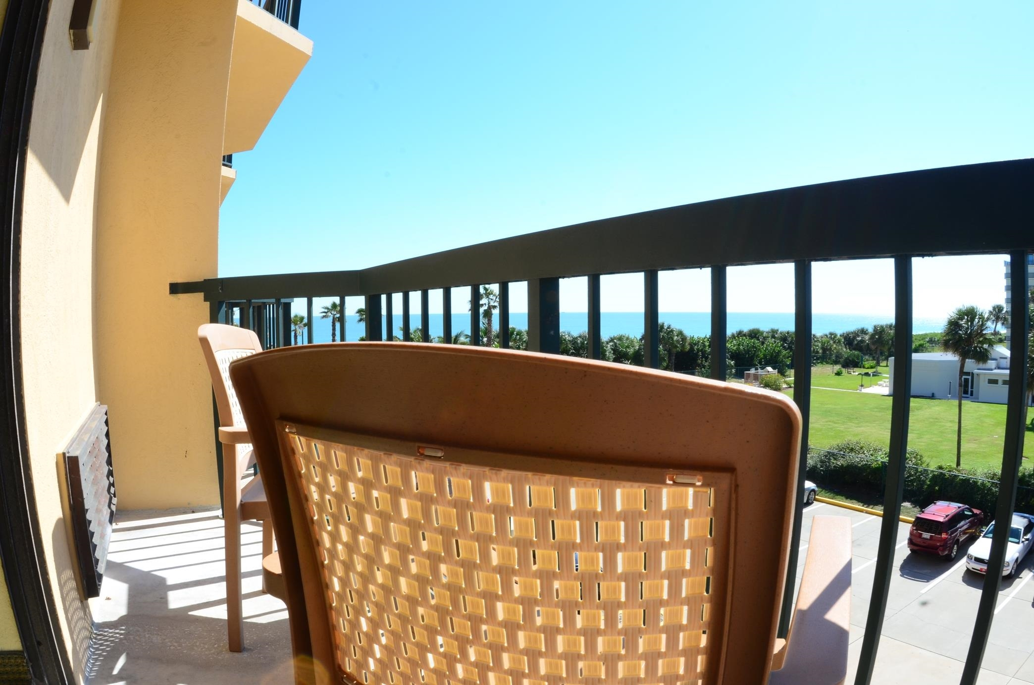 DoubleTree by Hilton Hotel Cocoa Beach Oceanfront image 7