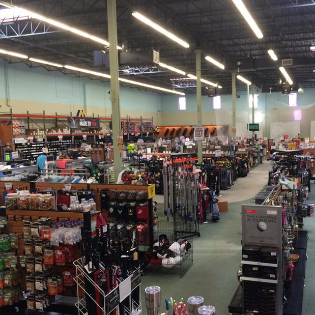 Browse all DSW Designer Shoe Warehouse locations. Find your favorite brands and the latest shoes and accessories for women, men, and kids at great prices.