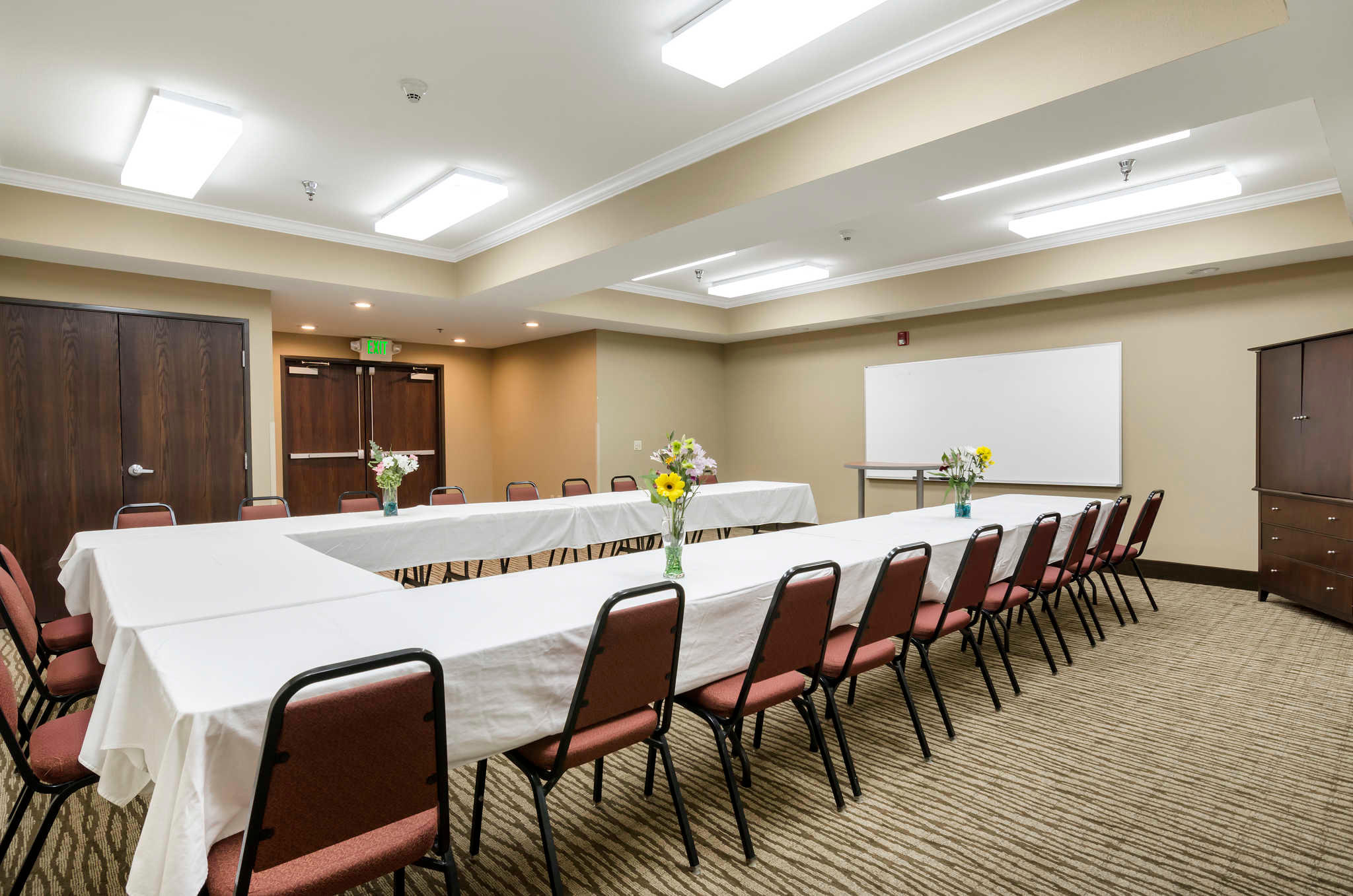 Comfort Inn & Suites Sacramento - University Area image 34
