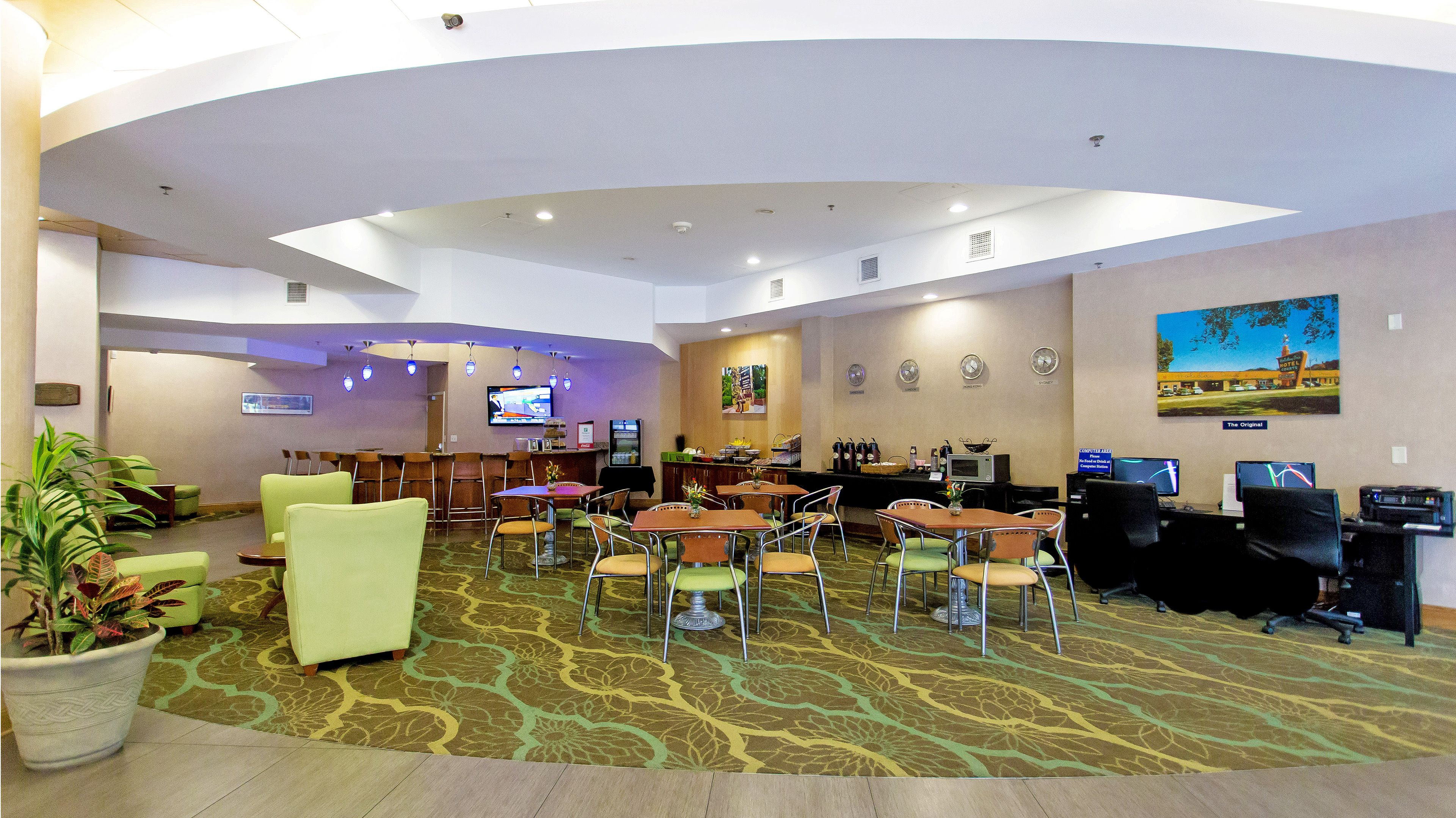 Holiday Inn Gainesville-University Ctr image 4