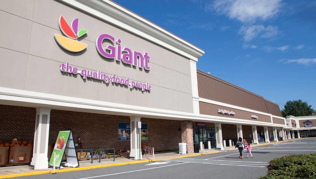 Saratoga Shopping Center image 0