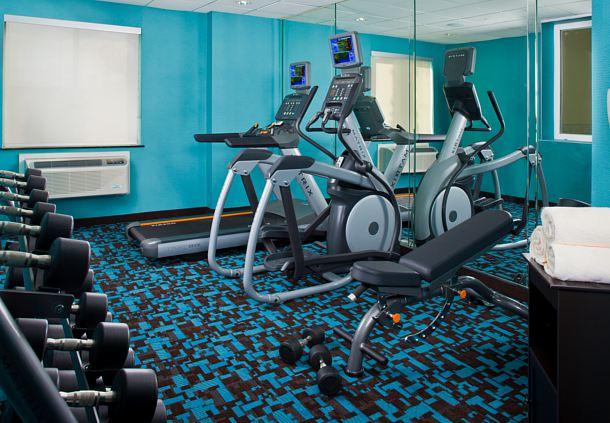 Fairfield Inn & Suites by Marriott Houston Hobby Airport image 16