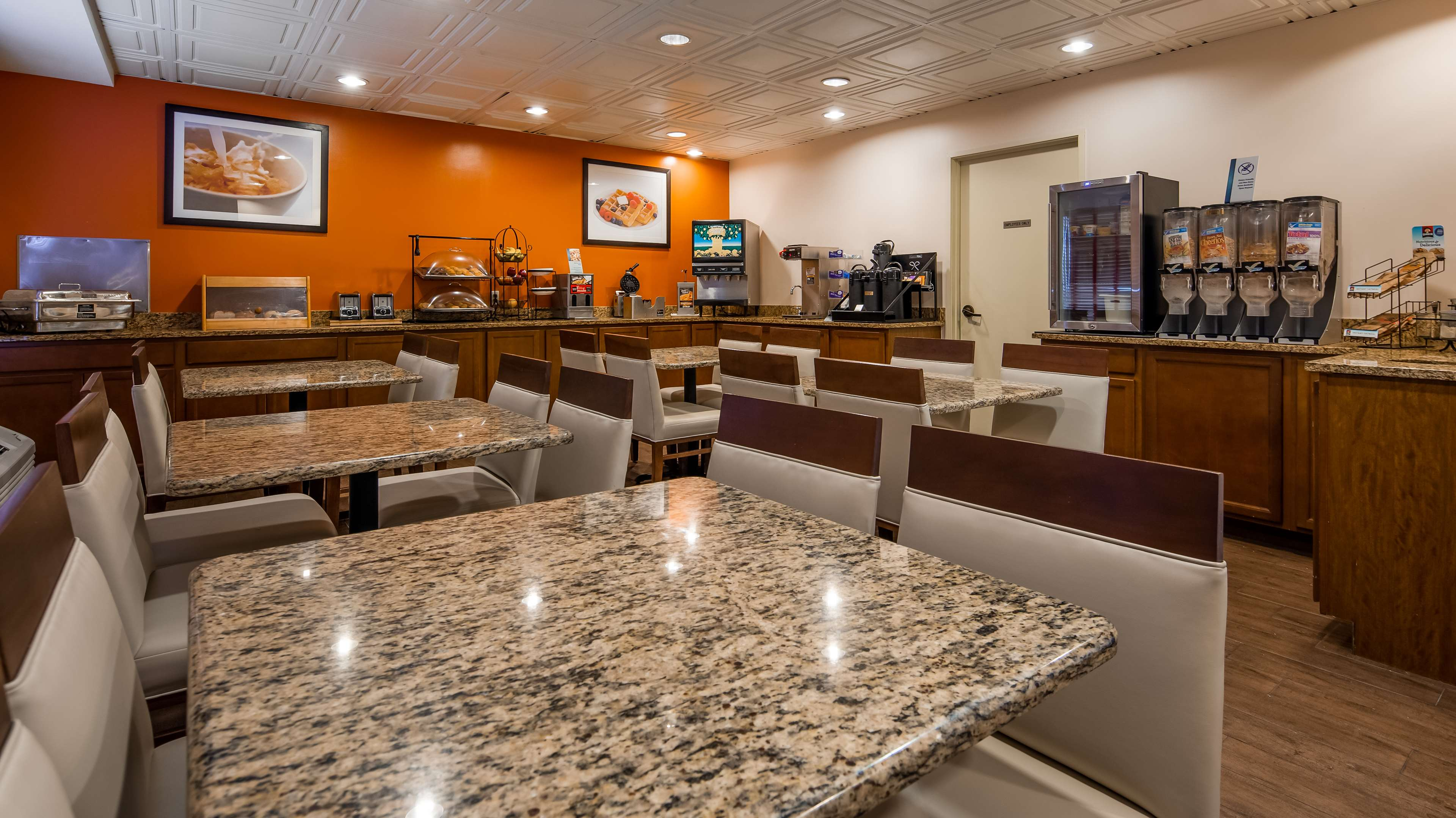 Best Western Joliet Inn & Suites image 4