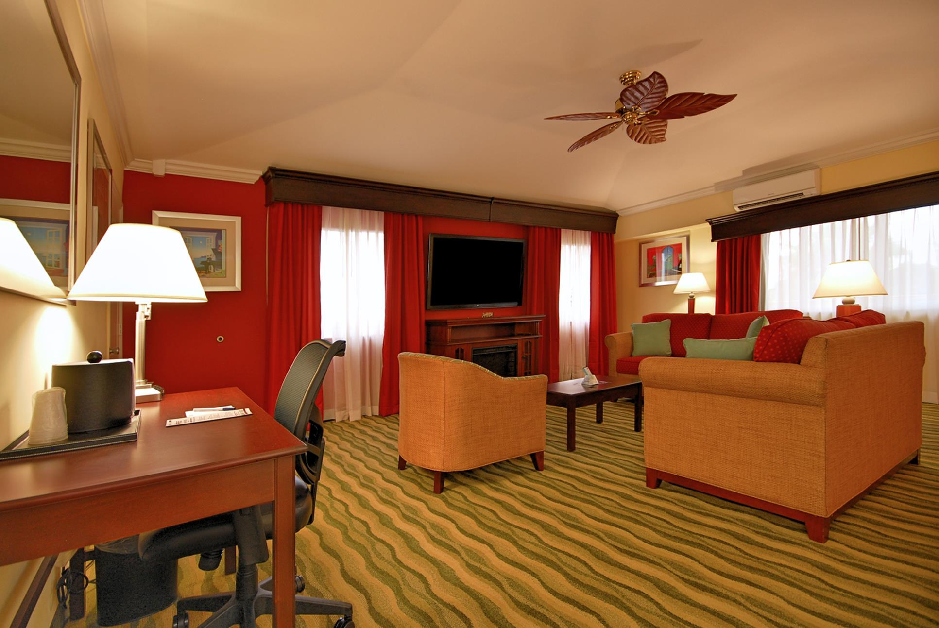 Best Western Plus Palm Beach Gardens Hotel & Suites and Conference Ct image 42