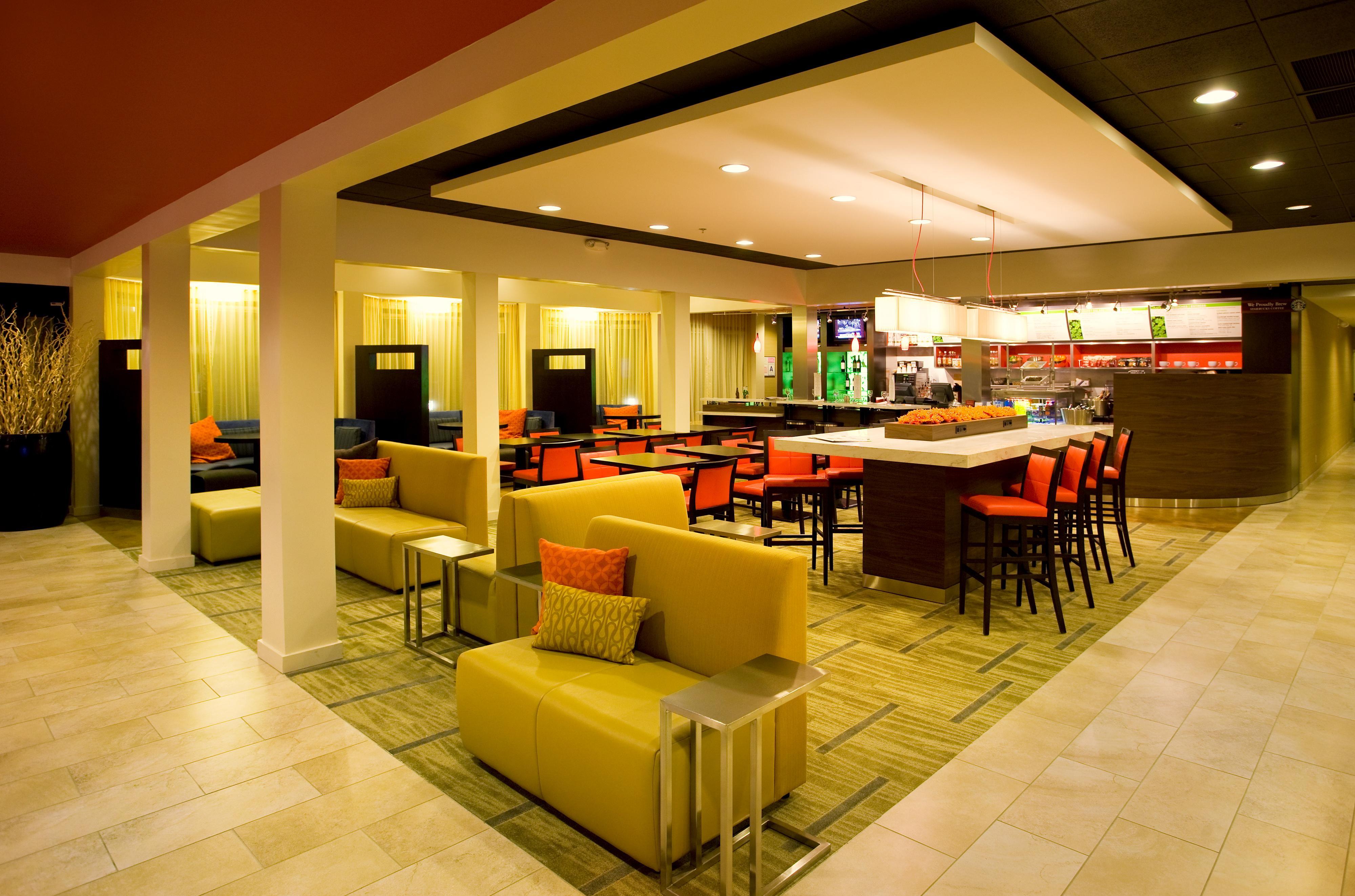 Sorrento Valley Food Court Starbucks
