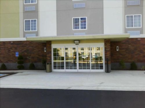 Candlewood Suites Jonesboro image 2