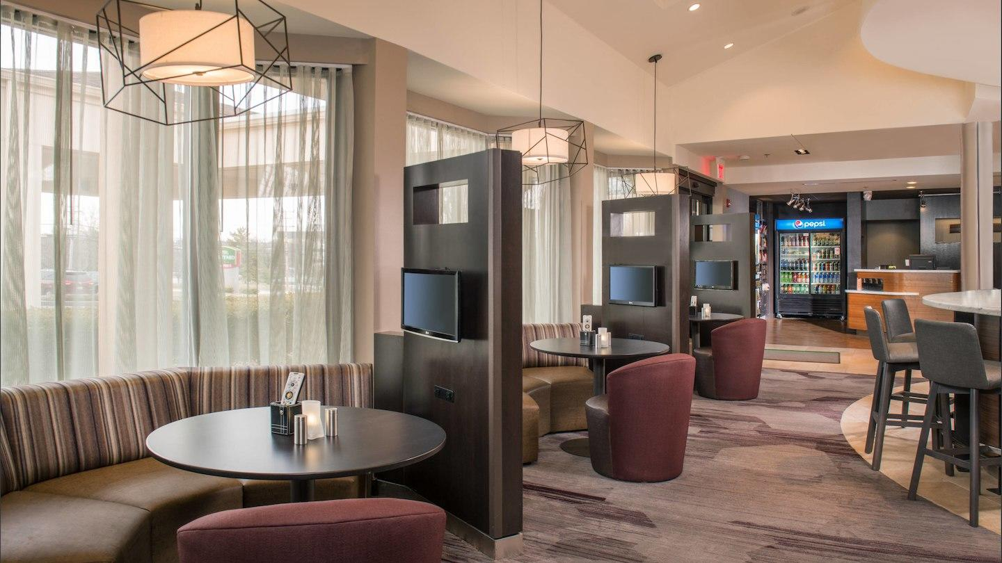 Courtyard by Marriott Baltimore BWI Airport image 5