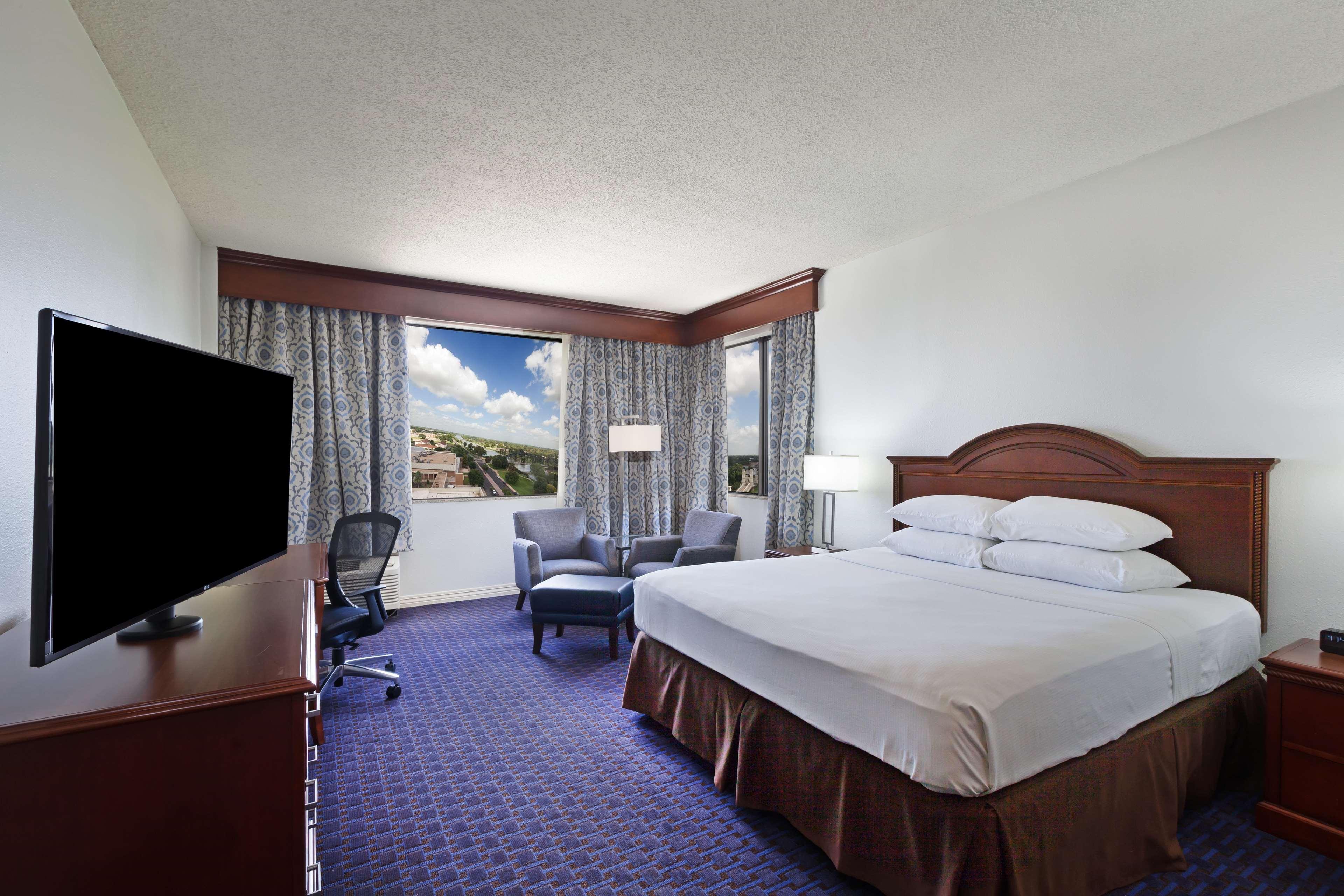 Hilton Waco image 37